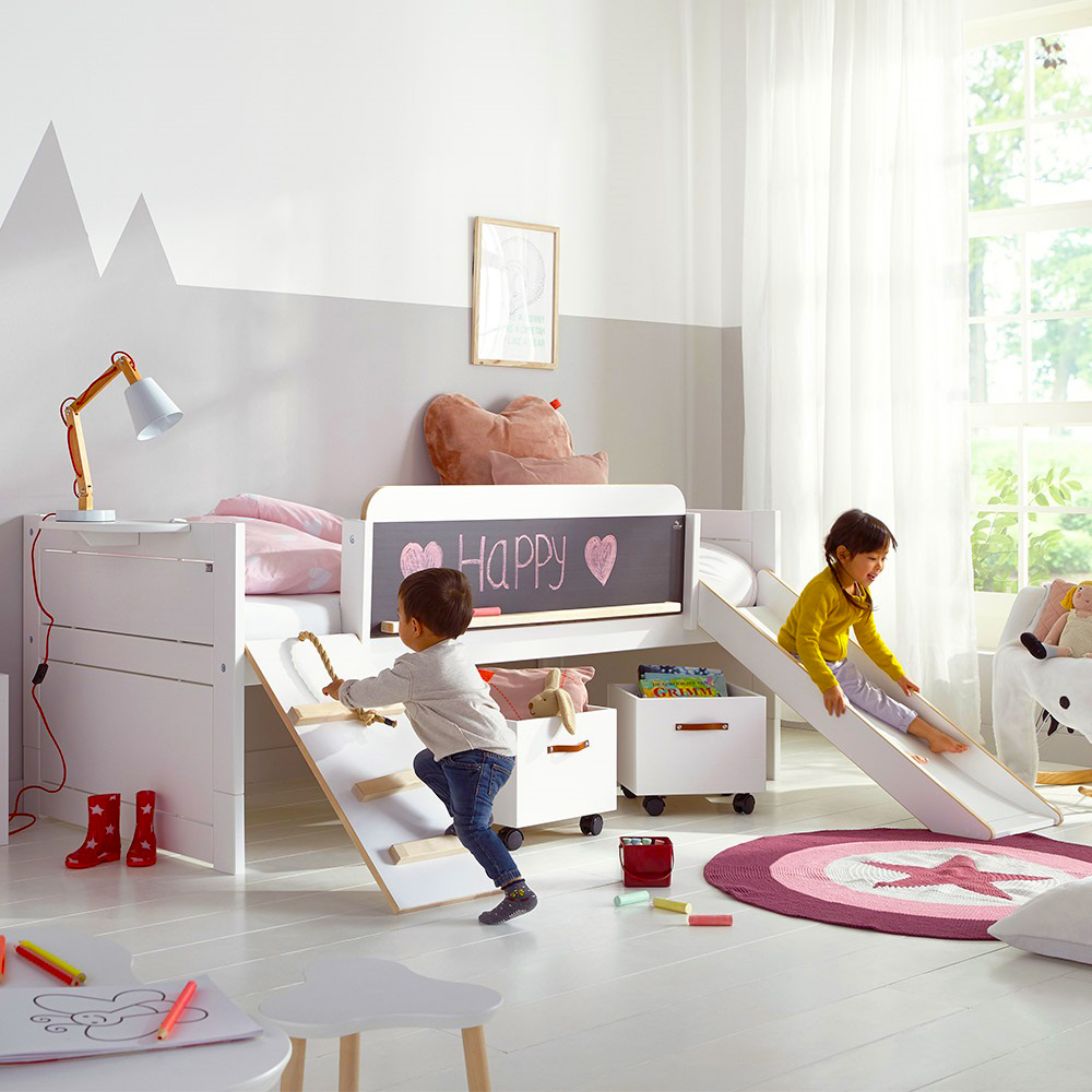 Childrens-Cabin-Bed-with-Slide. El parque, en casa