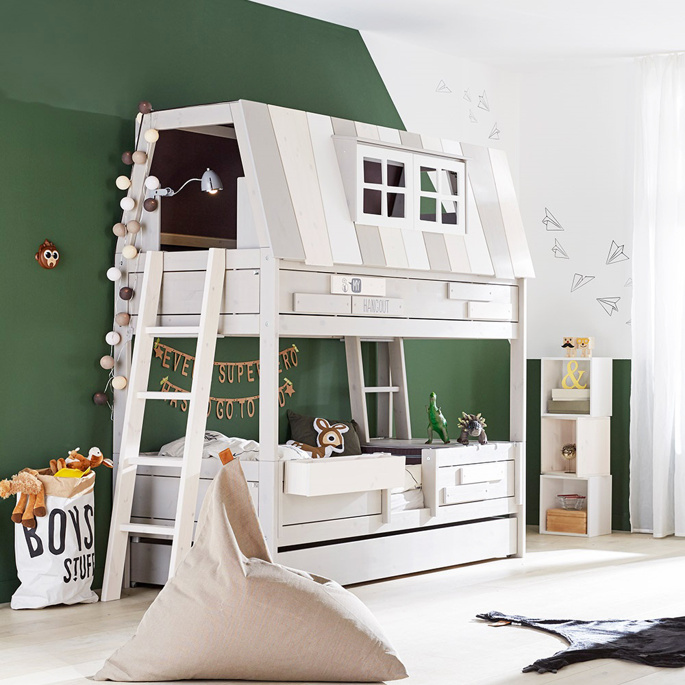 Kids-Adventure-High-Sleeper-Hangout-Bed. Su primer mini apartamento