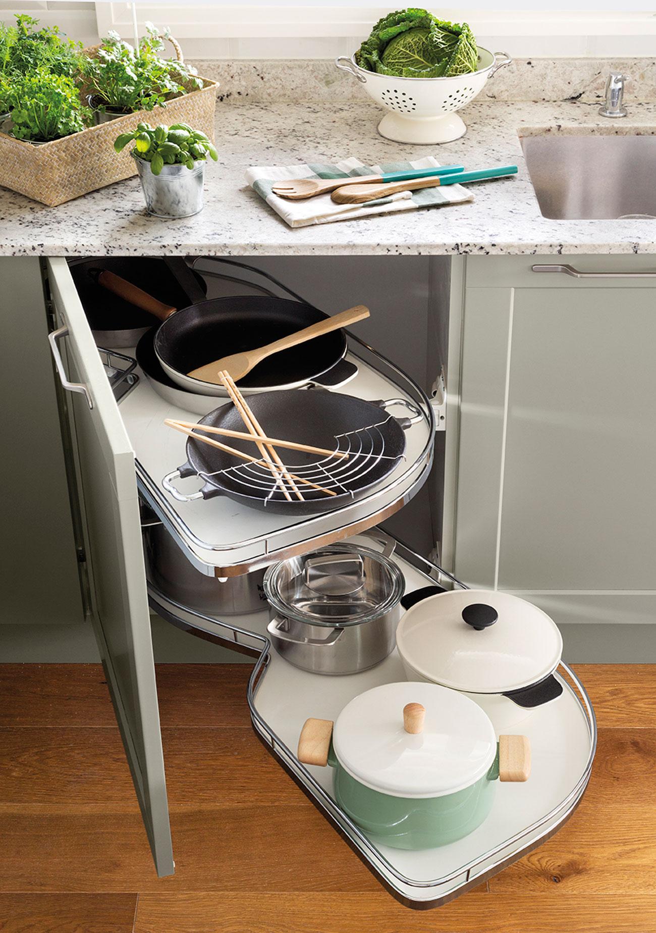 Ideas para ordenar la cocina - Ollas de cocina ...