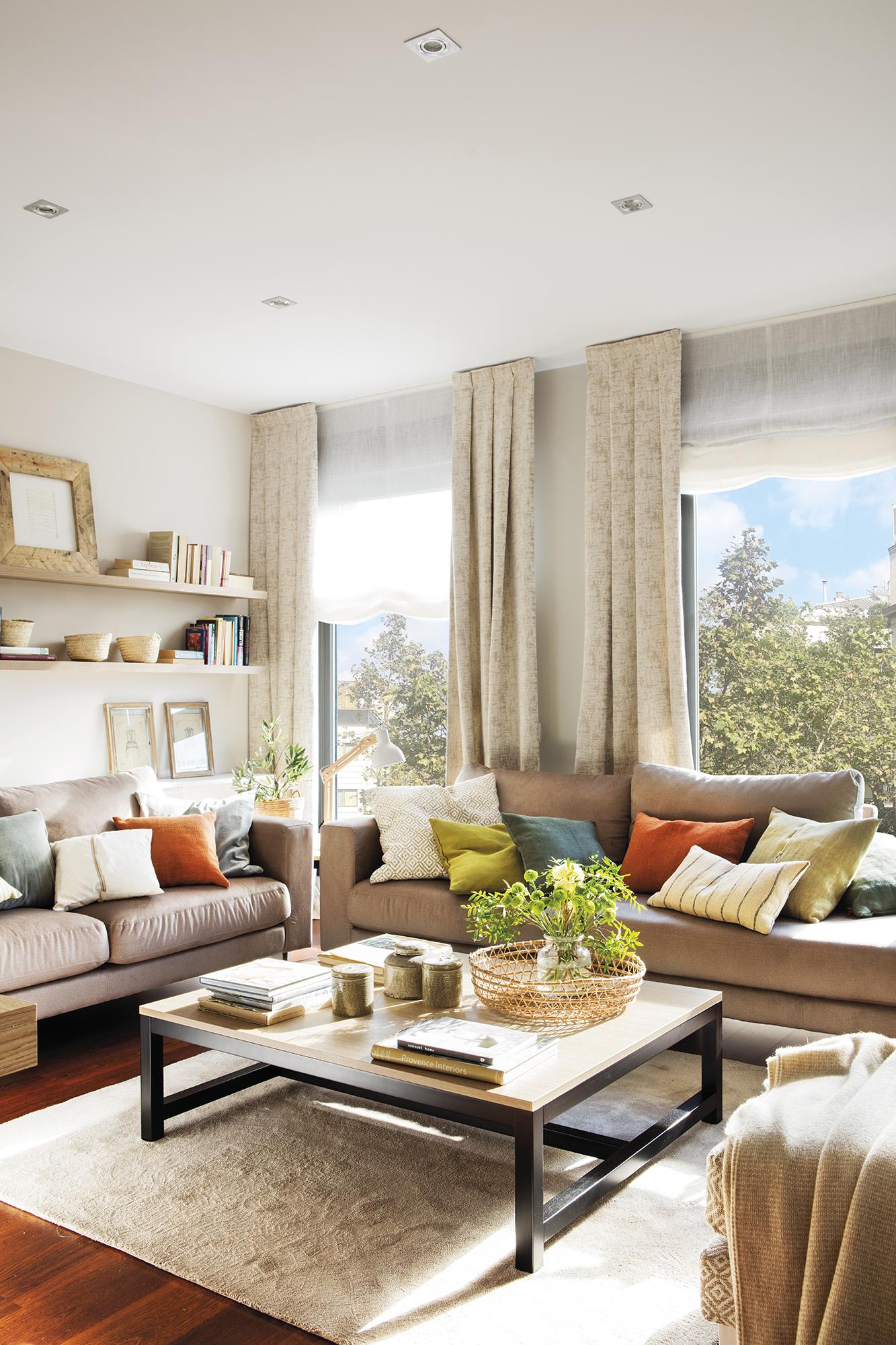La casa de una familia numerosa con muebles a medida for Muebles piso pequeno