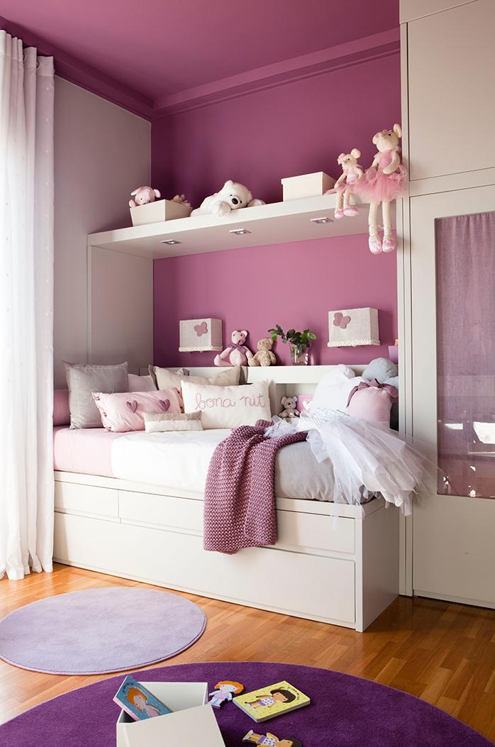 dormitorio infantil en tonos violeta