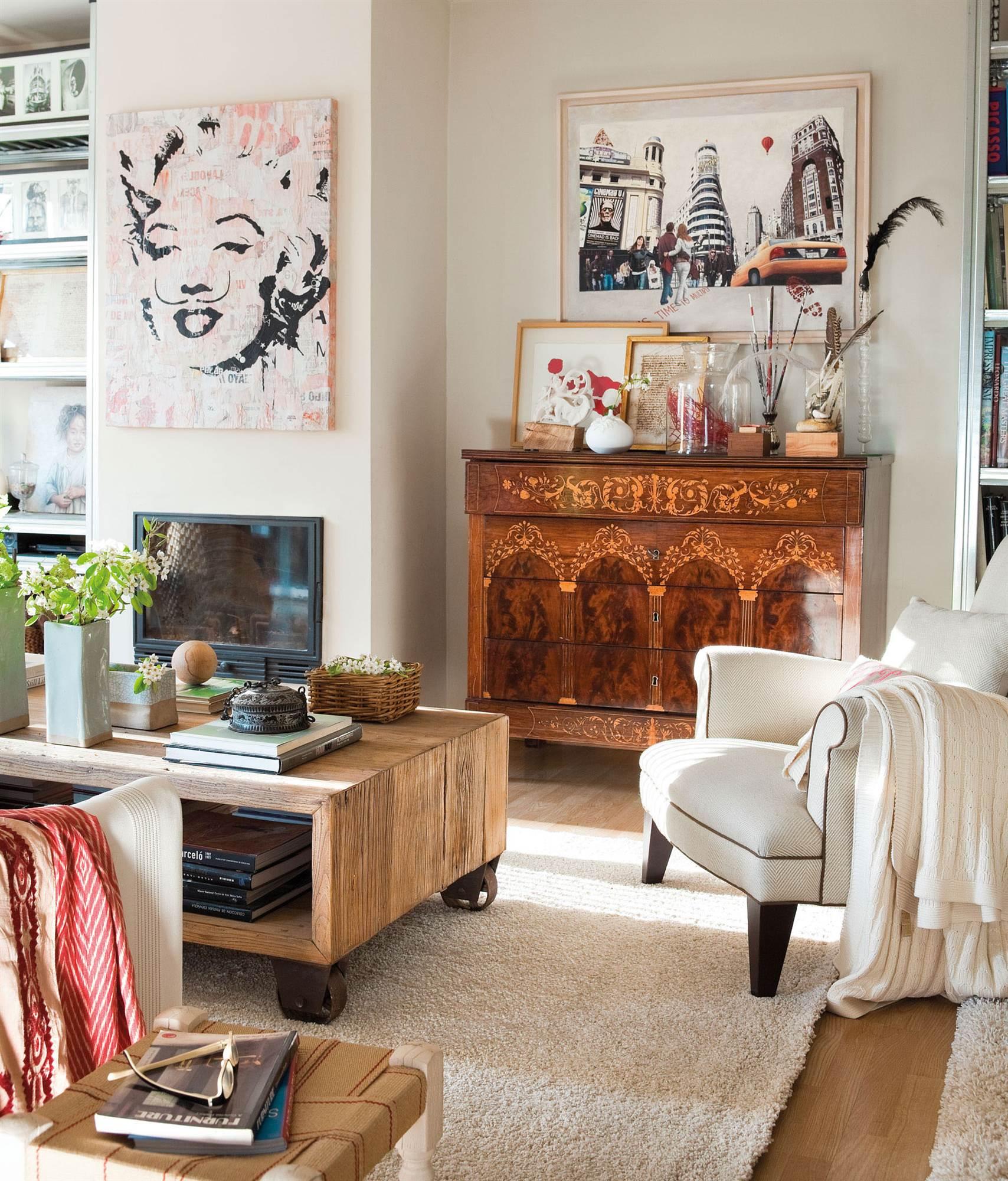 roncon de salon con comoda vintage_00343804. rincon de salon con comoda vintage_00343804