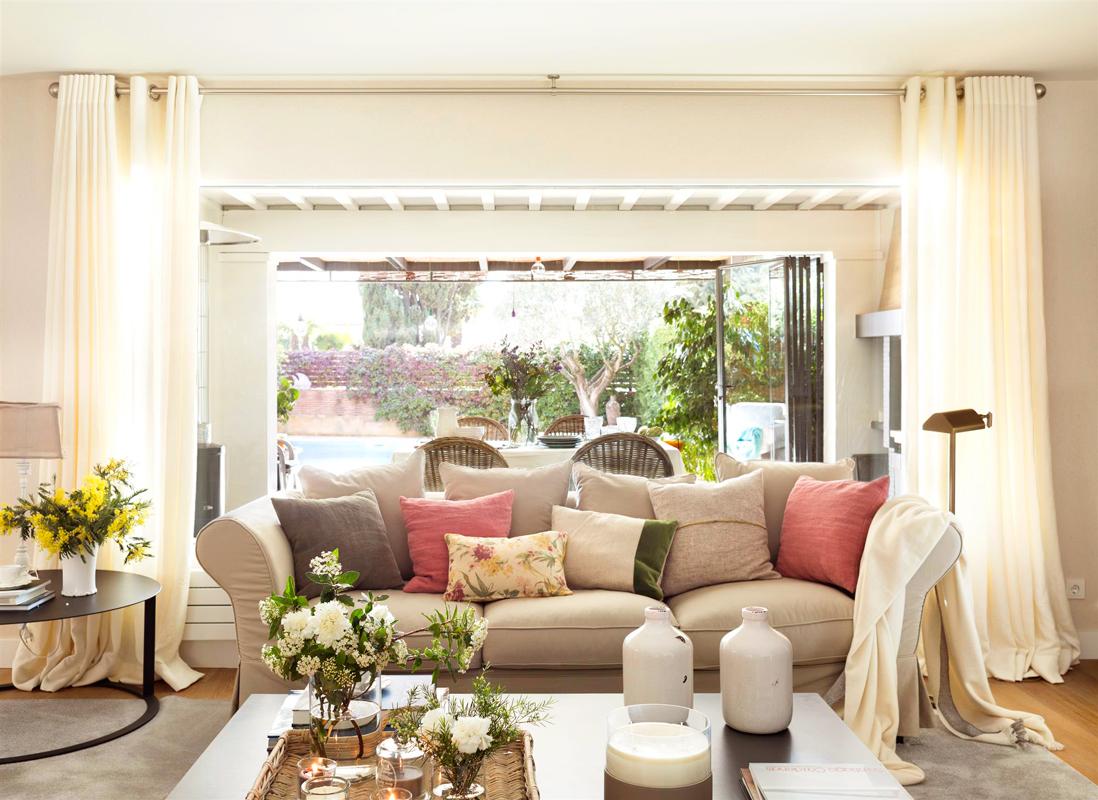 Cortinas perfecta para ventanas ideales for Cortinas blancas salon