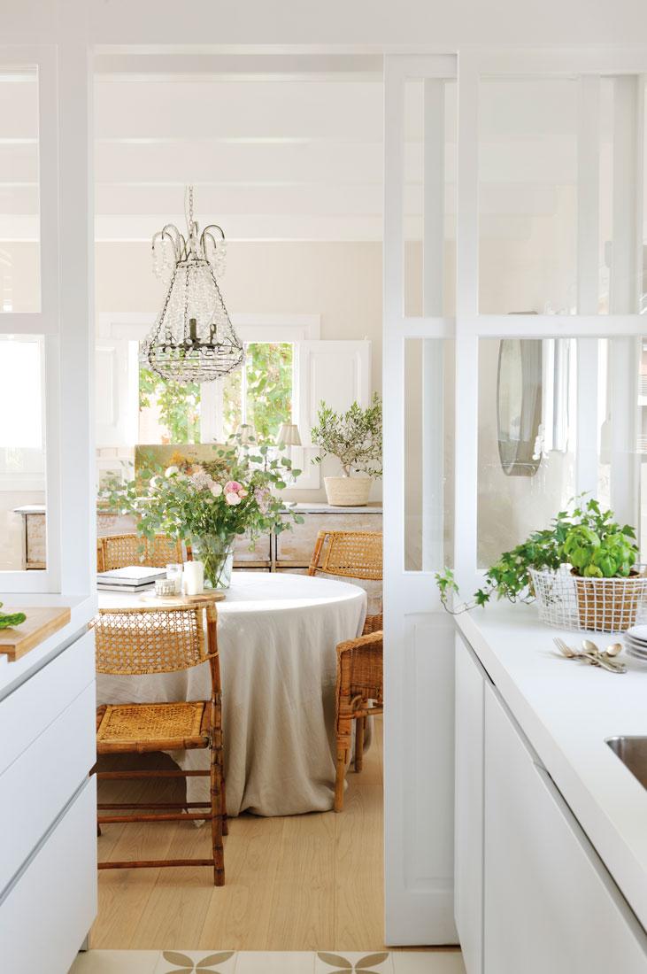 242 fotos de puertas correderas - Puerta cristal cocina ...