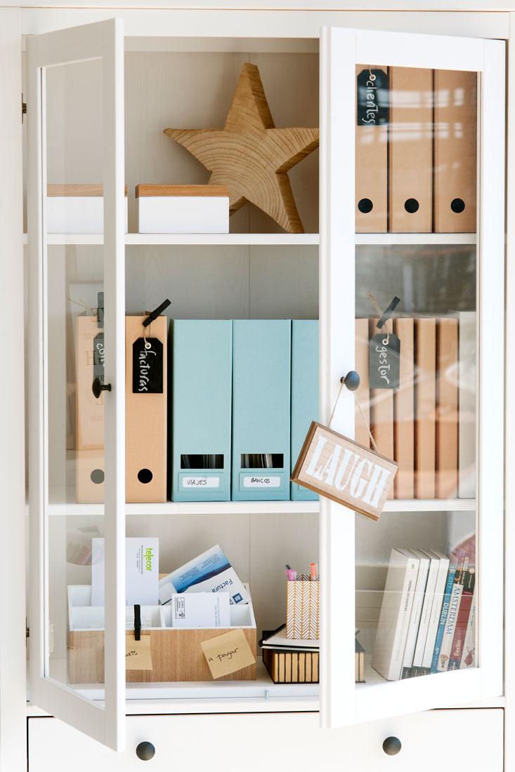 262 fotos de estanter as - Puertas para estanterias ...