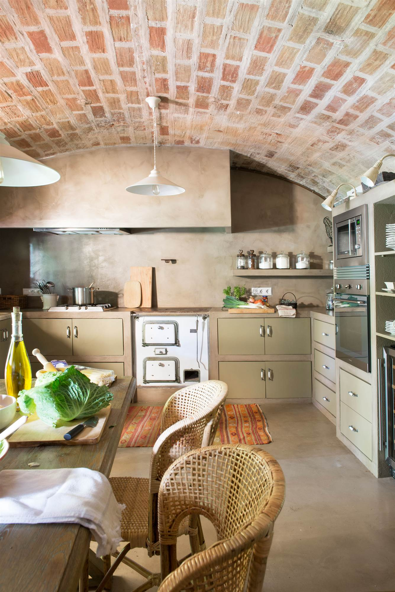 Cocinas muebles decoraci n dise o blancas o peque as for Terrazas rusticas techadas