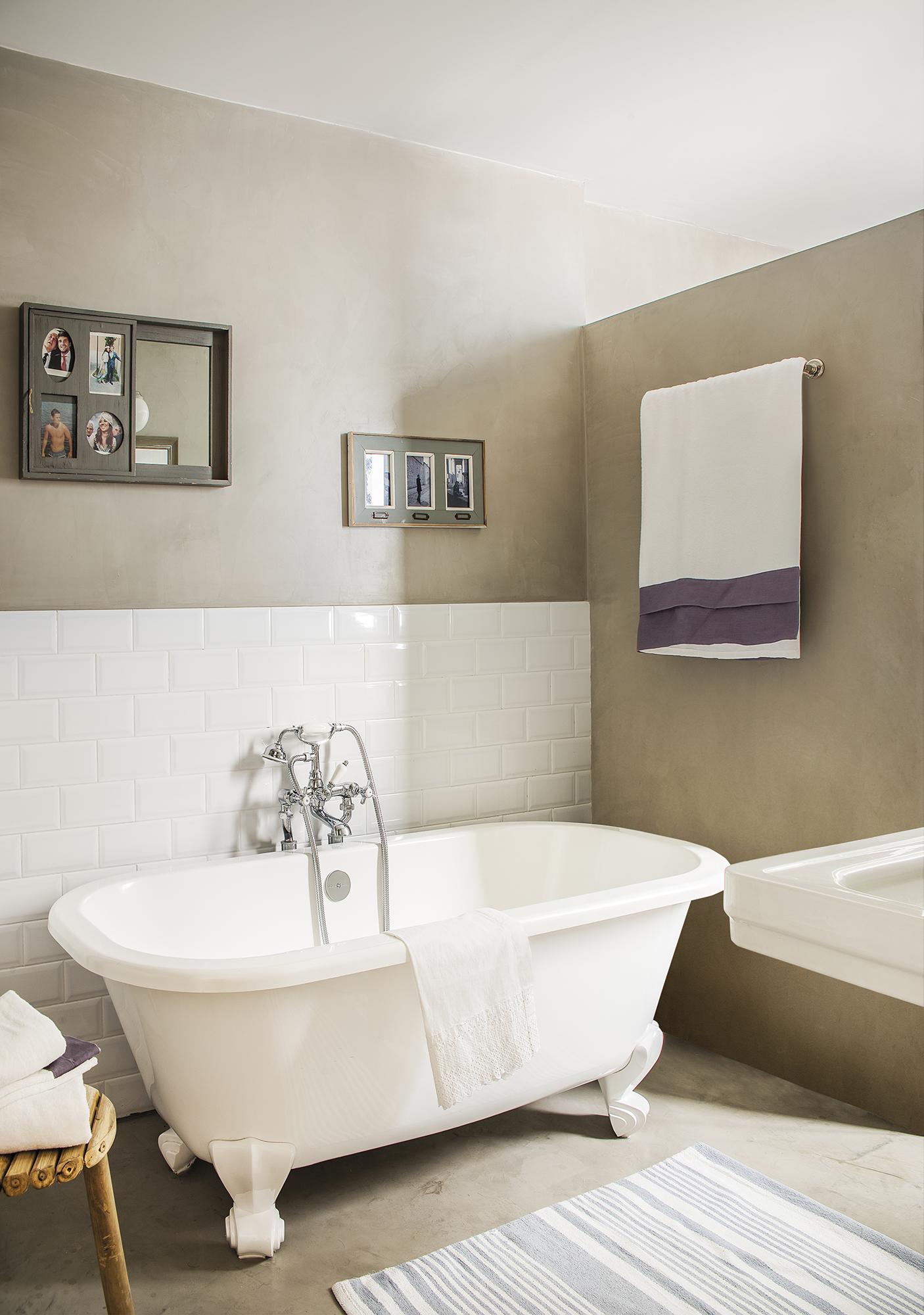 Un piso de 67 m2 en madrid reformado para ampliar la familia - Baneras pequenas roca ...