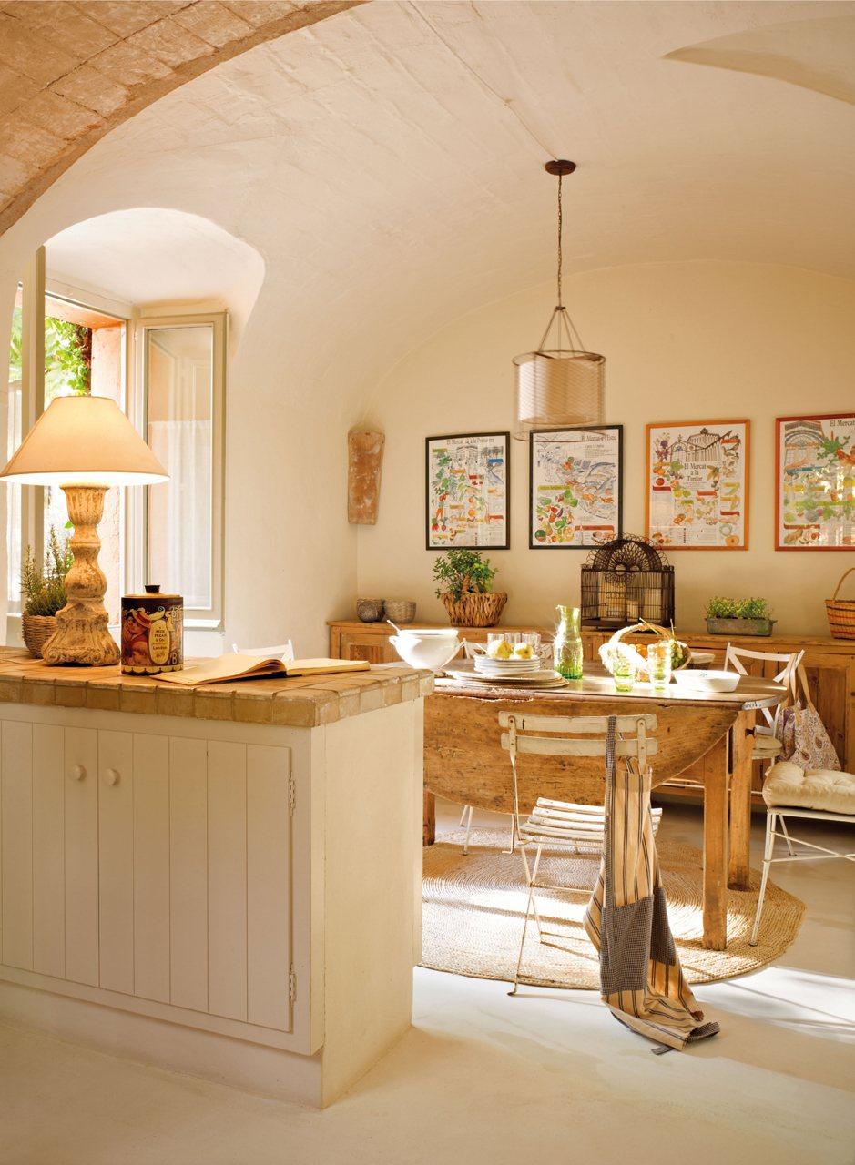 Familias numerosas - Cocinas con peninsula y mesa ...
