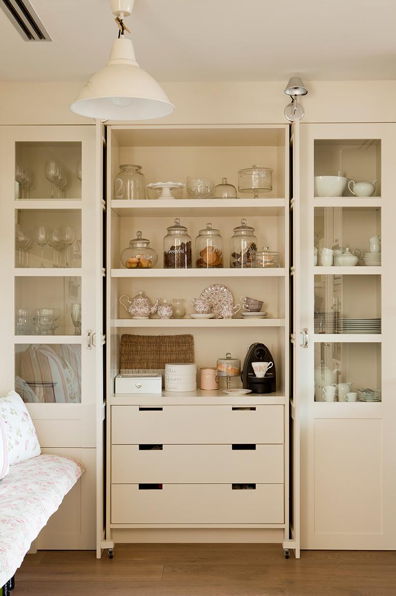 Cocinas muebles decoraci n dise o blancas o peque as - Alacenas de cocina antiguas ...