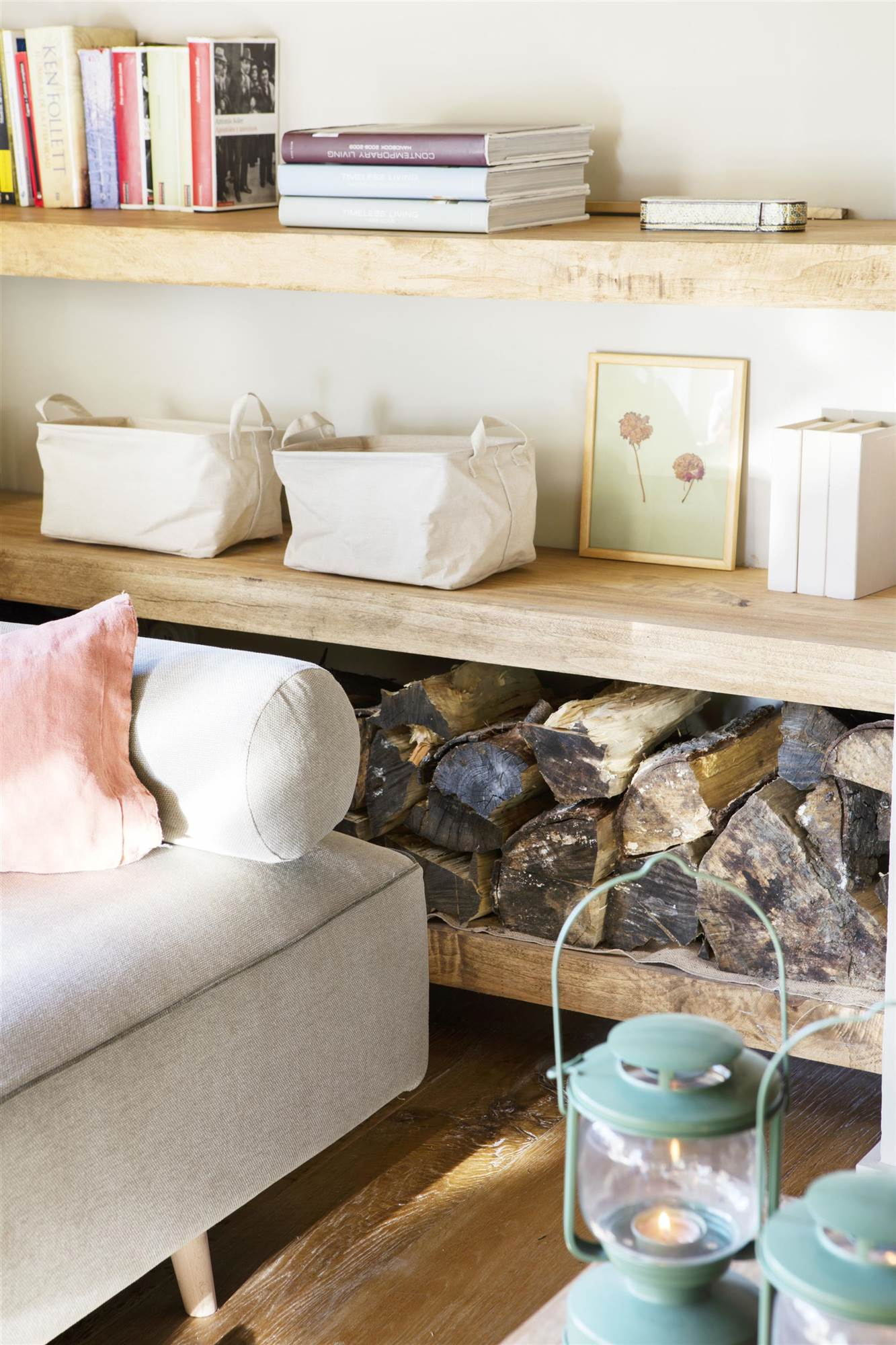 Estanter As De Dise O De El Mueble # Define Muebles Y Enseres