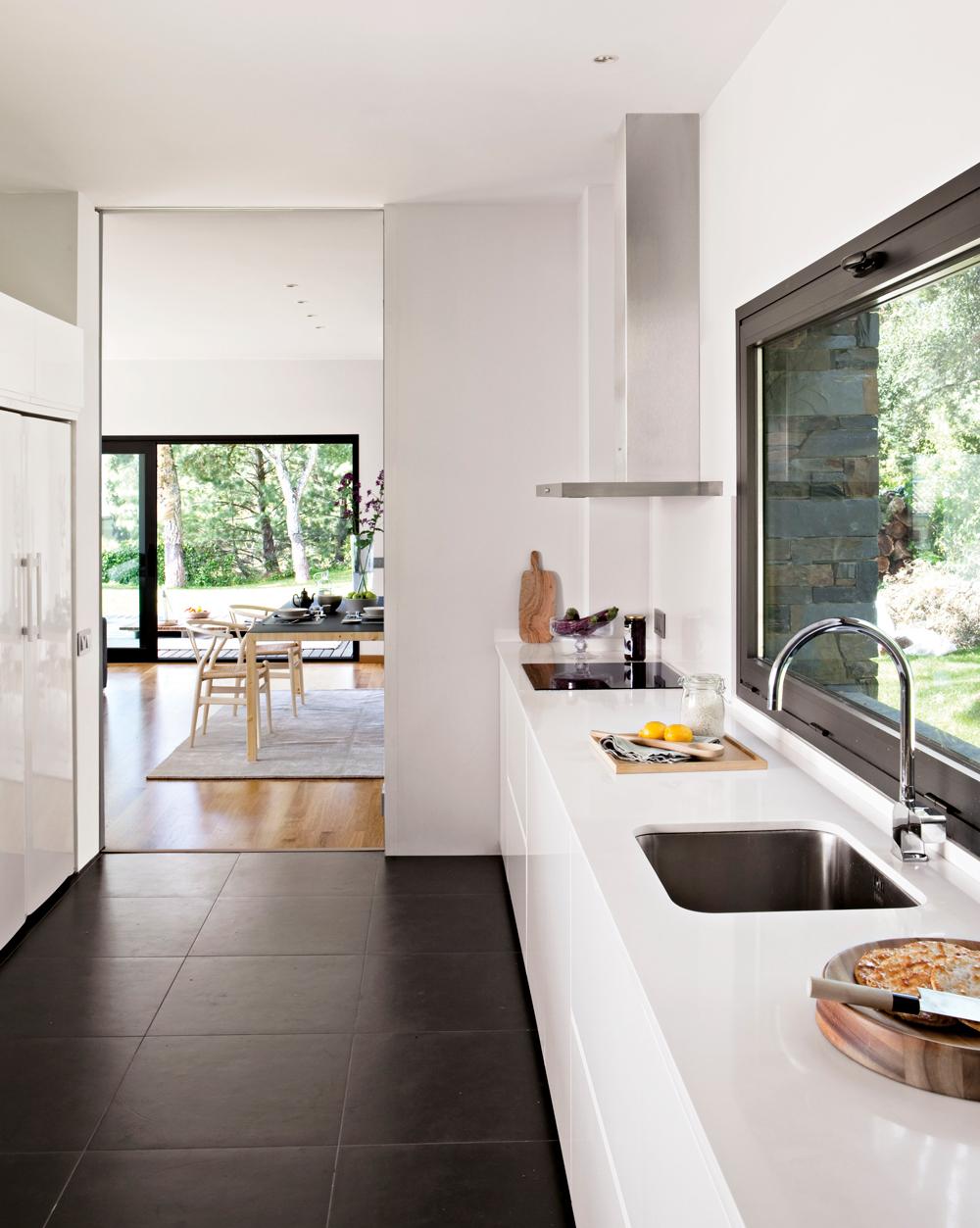 Suelos de ceramica para cocinas cocina con suelo de - Suelos para cocinas ...