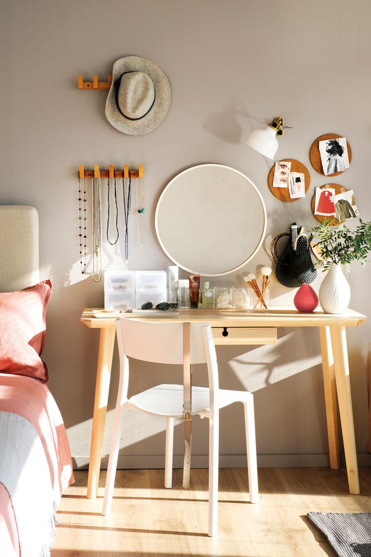 Orden en el dormitorio - Espejo salon moderno ...