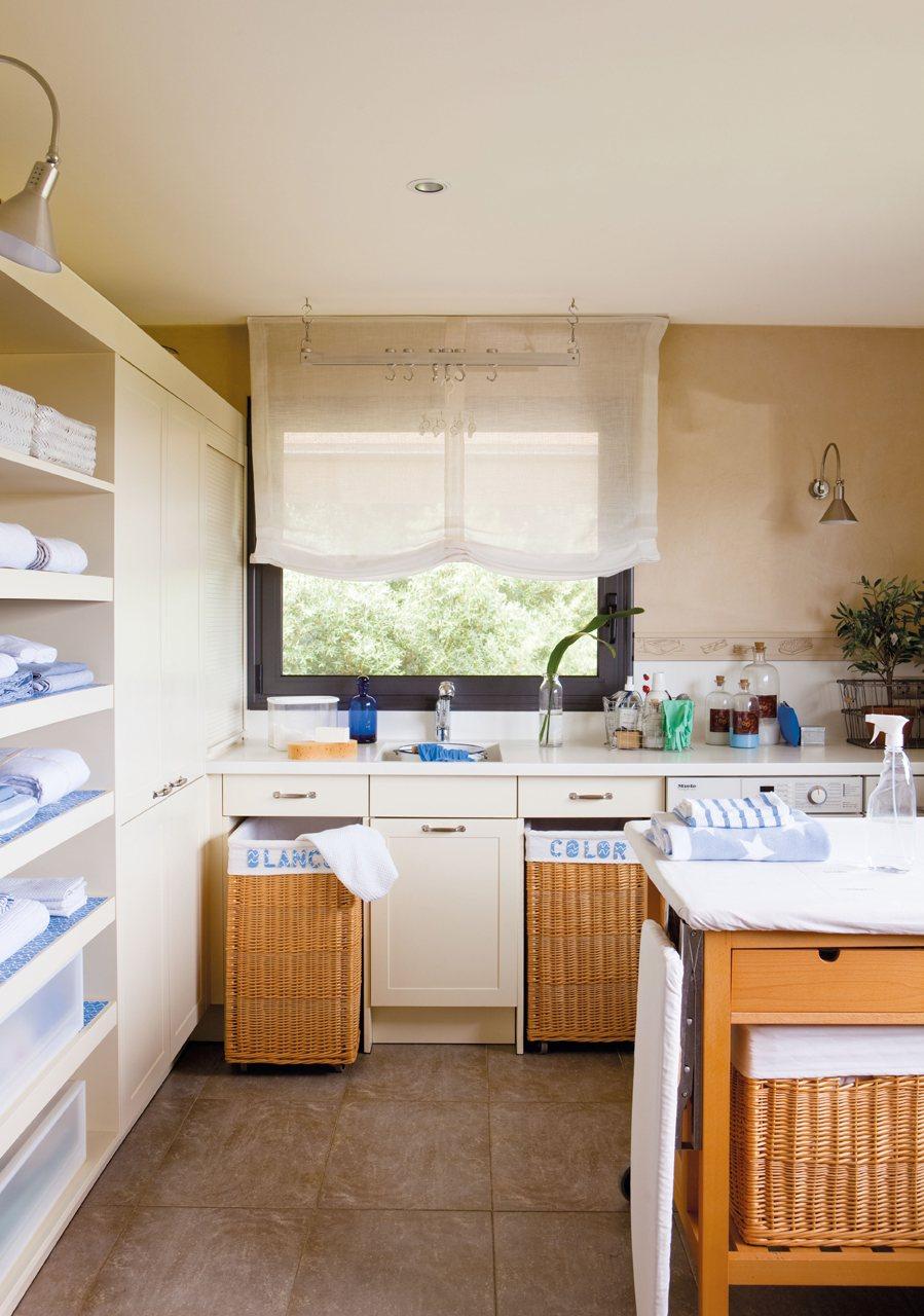 Lavaderos de ropa ikea cool decora la zona de plancha for Mueble planchador ikea