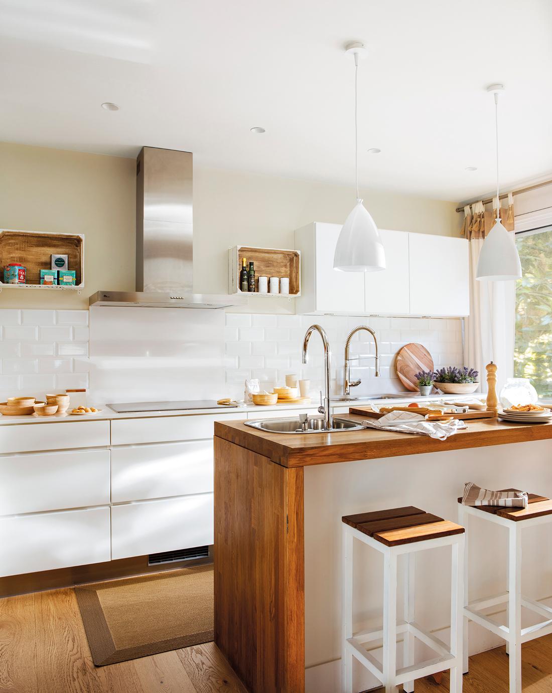 Cocinas blancas que nunca pasan de moda for Cocinas blancas