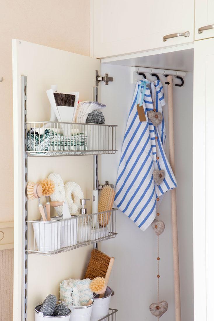 Puerta Armario Con Organizador Productos Limpieza Anclado 349315 O