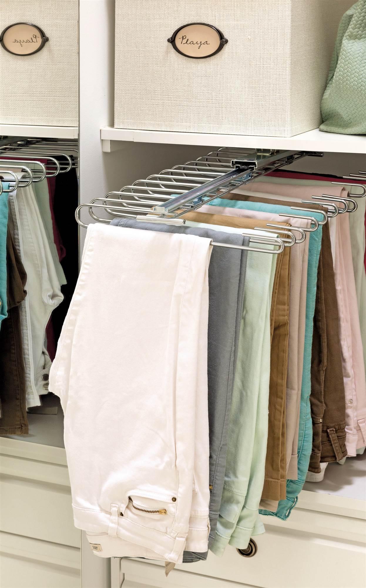 C mo ordenar el armario paso a paso - Perchas pantalones ikea ...