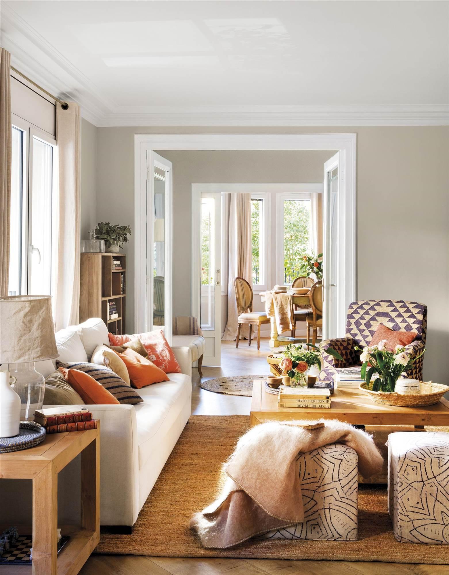 Salones muebles para la decoraci n del sal n comedor el - Como decorar las paredes de un salon ...