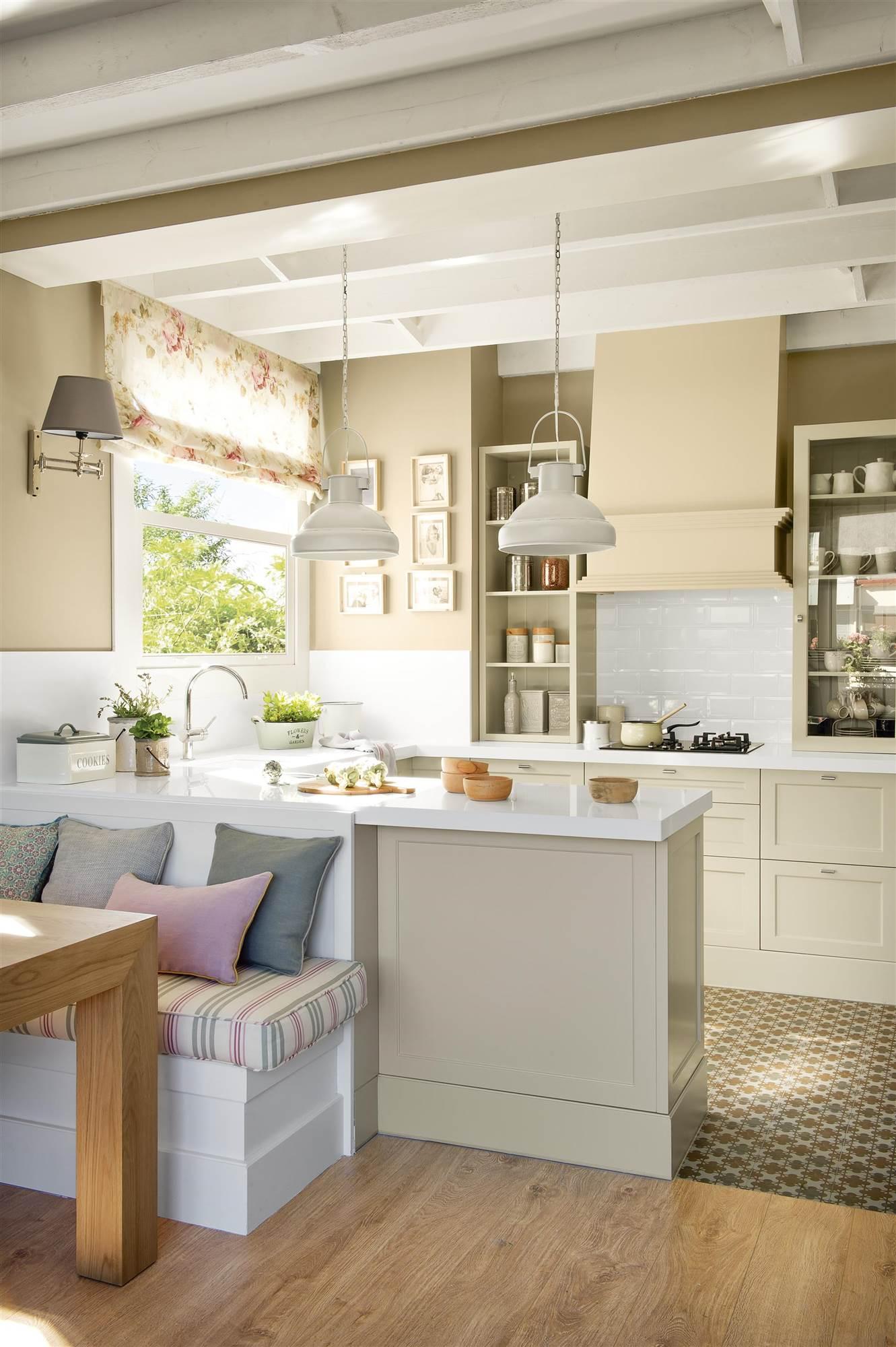 Bonito Muebles De Cocina Manchados Con Suelos Oscuros Viñeta - Ideas ...