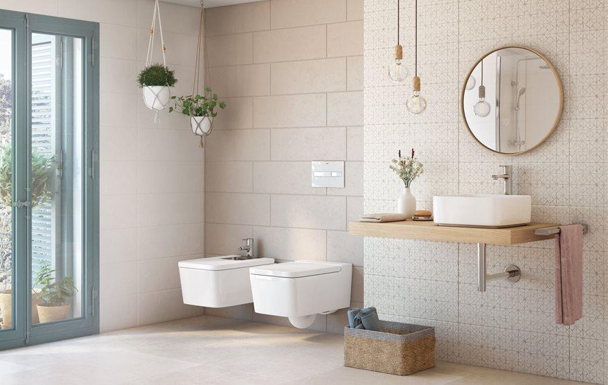 C mo elegir revestimientos para paredes y suelos del ba o for Cera de hormigon para azulejos de bano