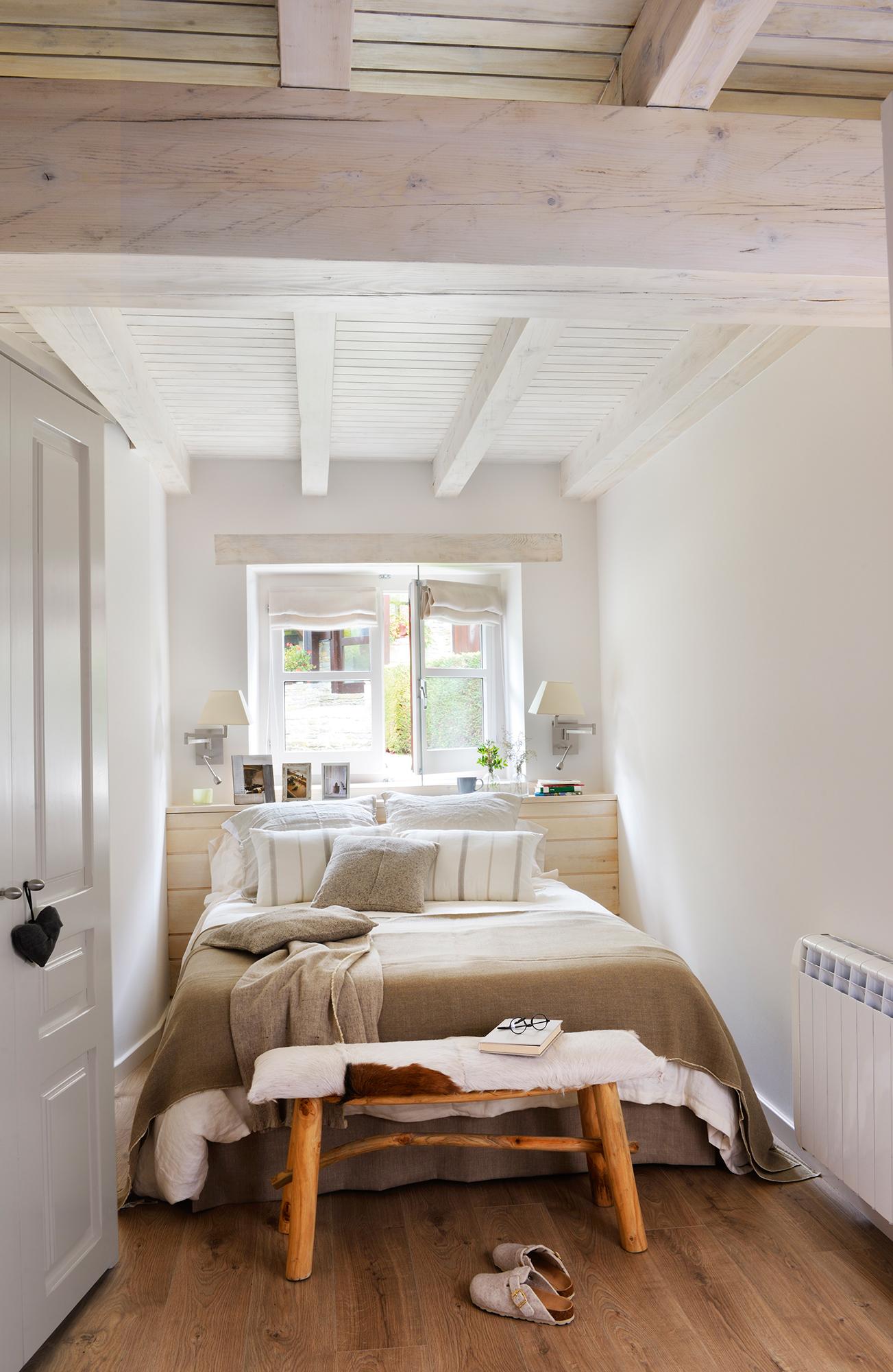 00417824b. Dormitorio rústico y pequeño en blanco_00417824b