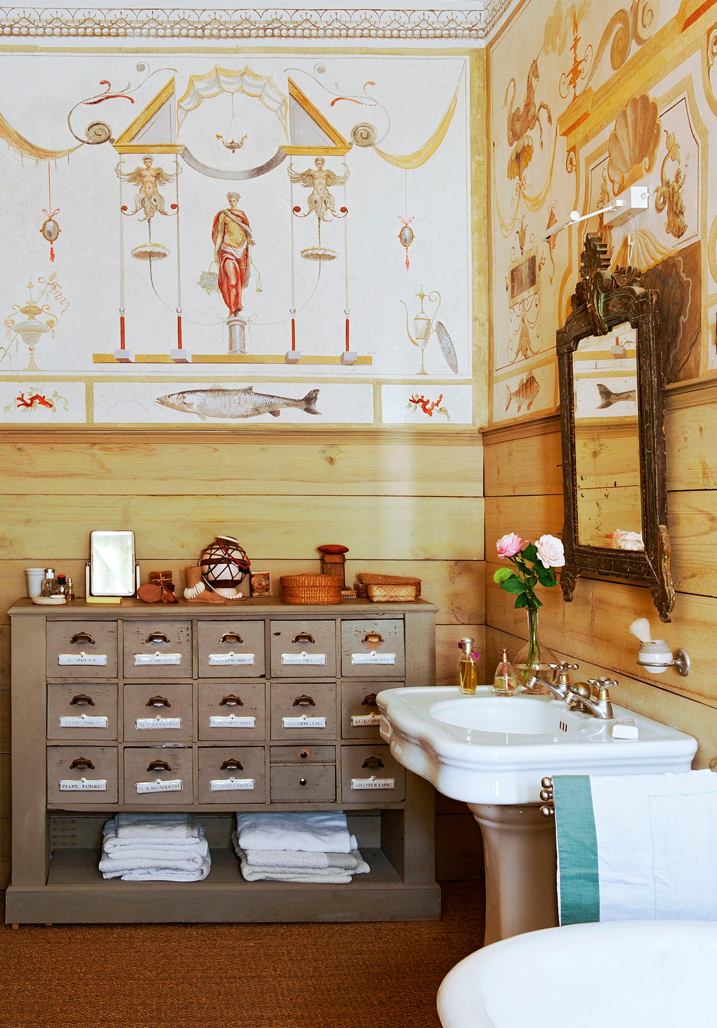 Muebles de oficio for Mueble cajones pequenos