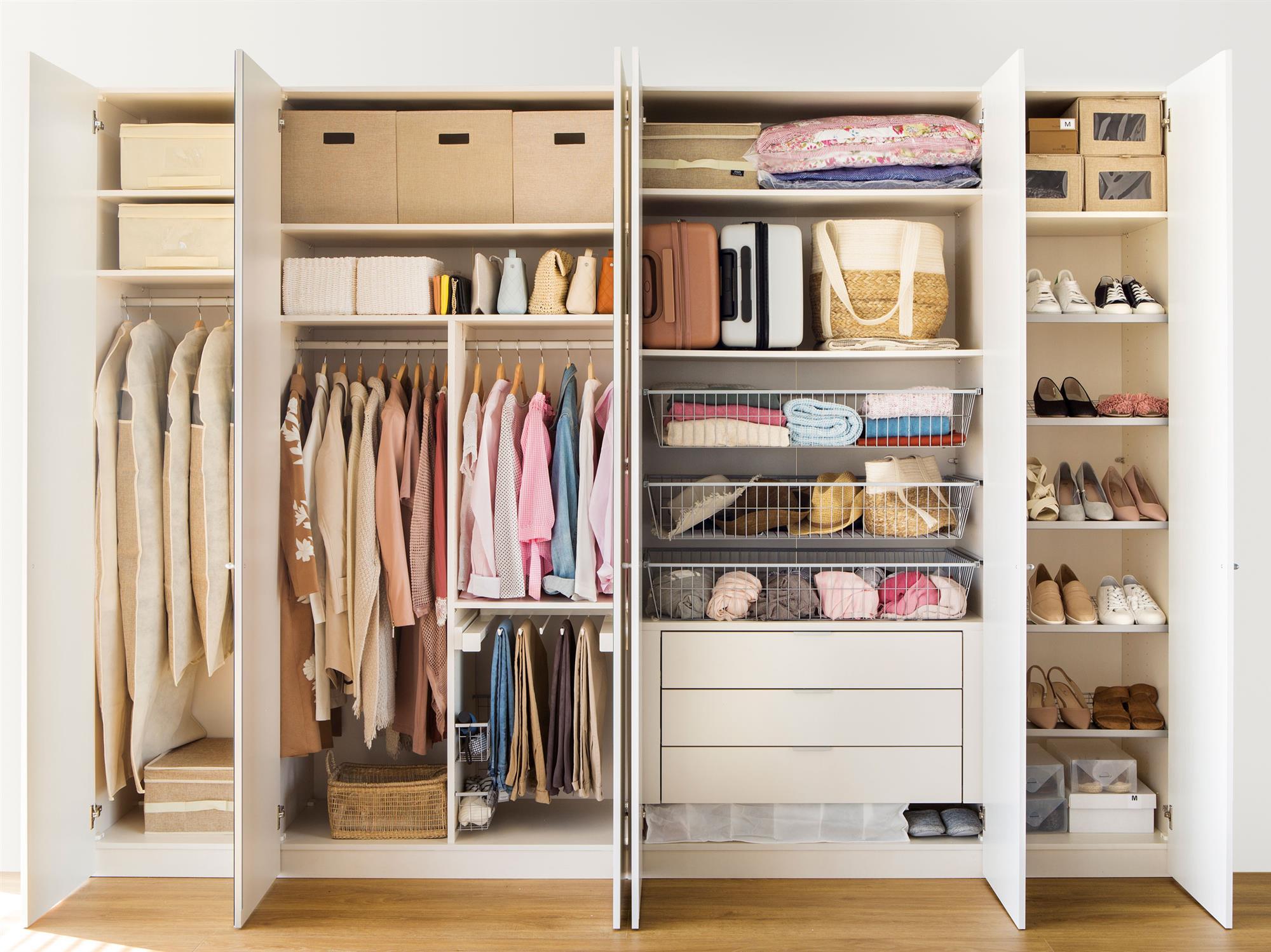 Como hacer un closet con cajas de fruta ideas creativas for Closet de madera para zapatos
