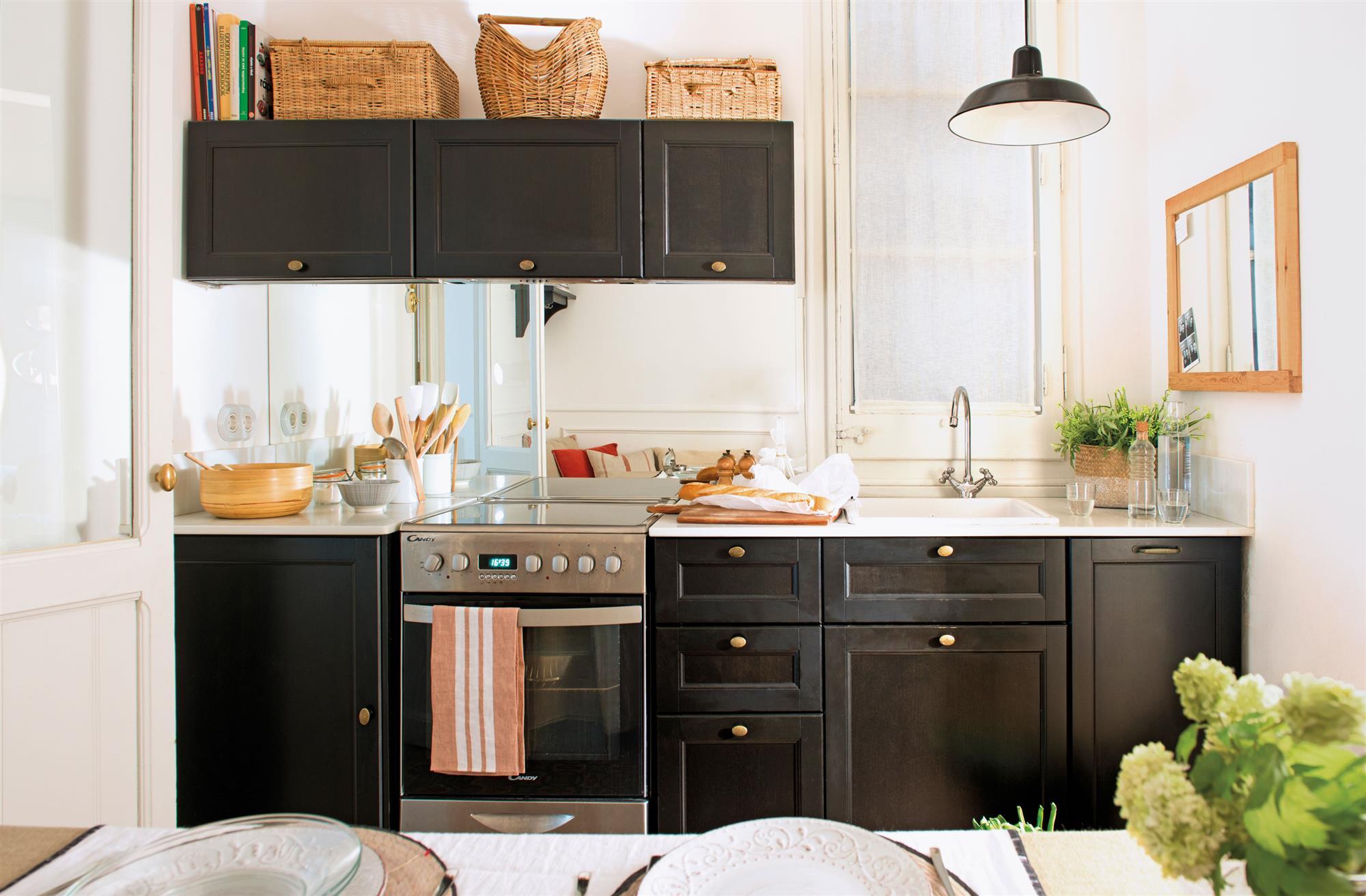2037 fotos de cocinas for Mobiliario cocinas pequenas