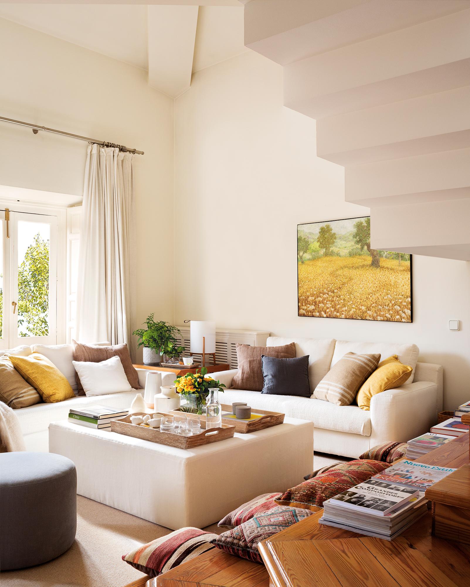 Los 30 mejores trucos para decorar tu casa seg n la - Decorar muebles con tela ...