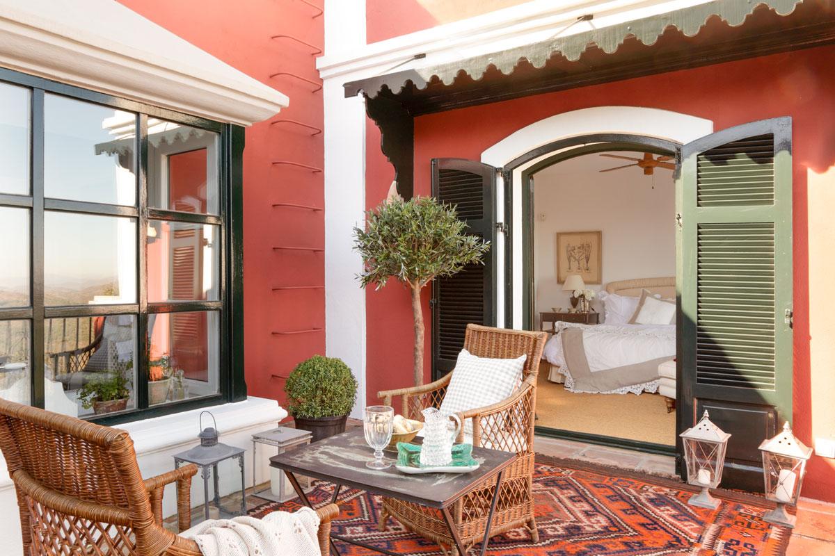 Patios y terrazas oasis de paz y tranquilidad sin salir de casa - Alfombra terraza ...