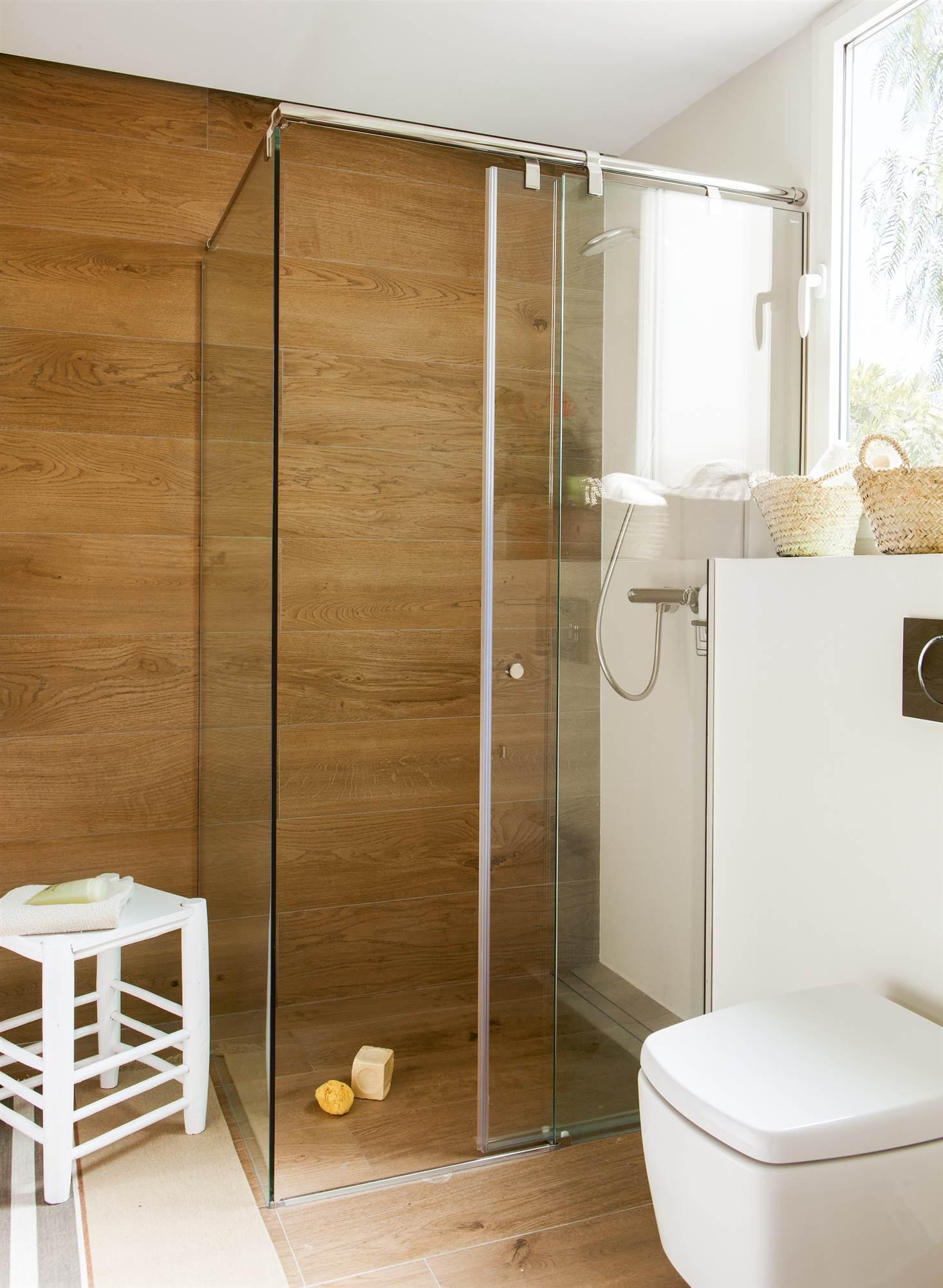 Ba os en blanco y madera para copiar - Diseno de banos con plato de ducha ...