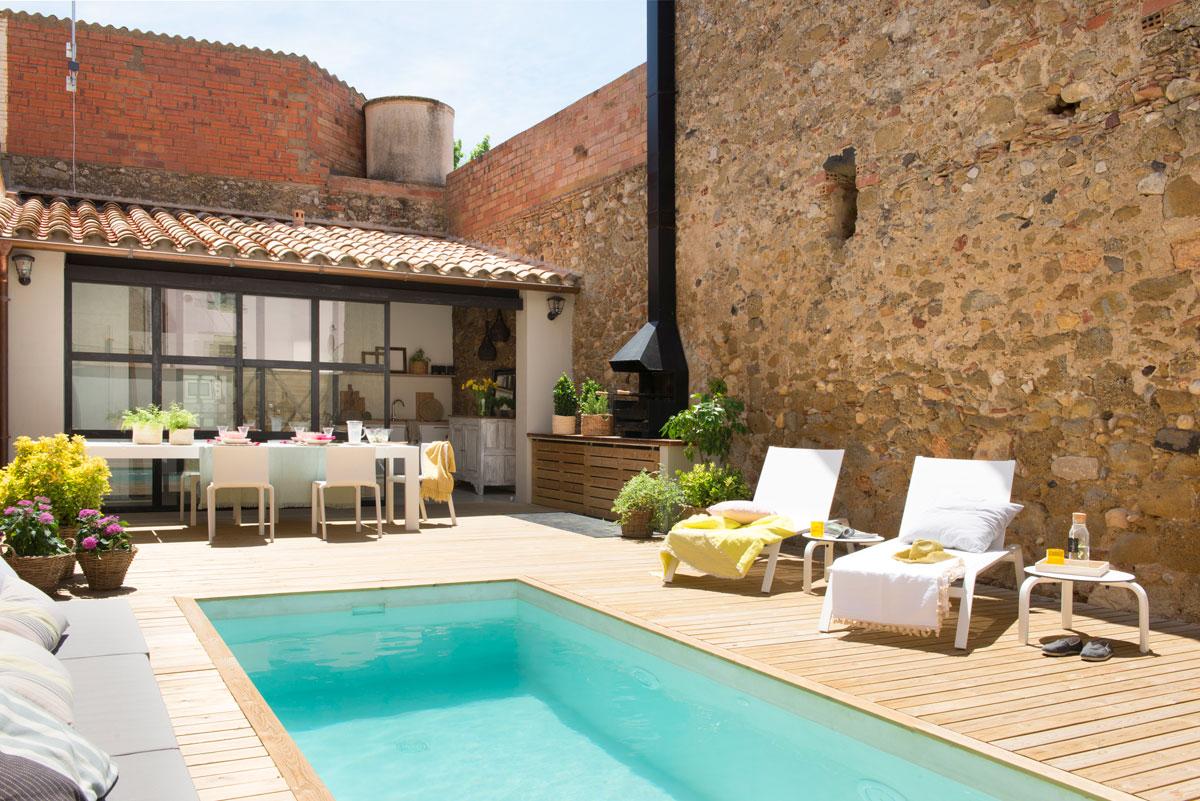 Casas con piscinas - Barbacoa en casa ...