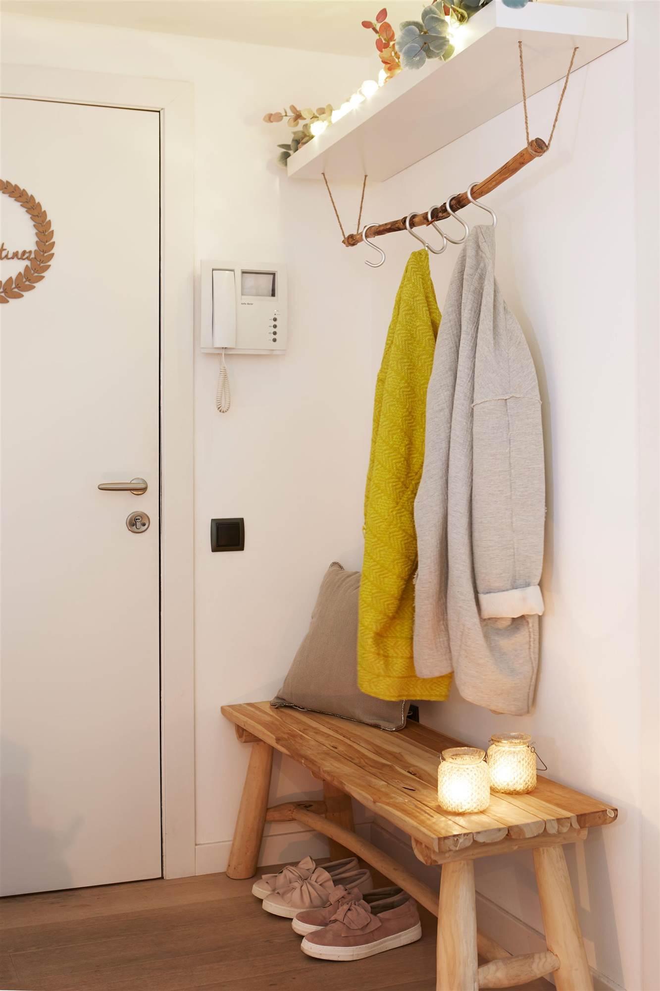 Mueble recibidor con perchero beautiful with mueble for Banco zapatero conforama
