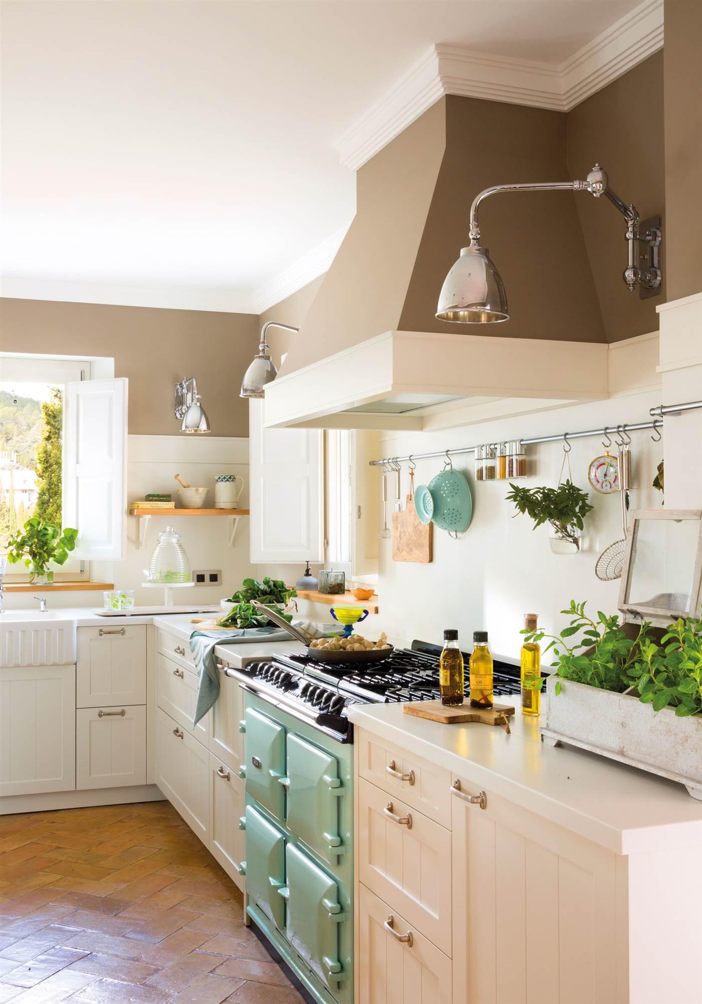 Los colores ideales para pintar tu cocina for Color credence cocina blanca