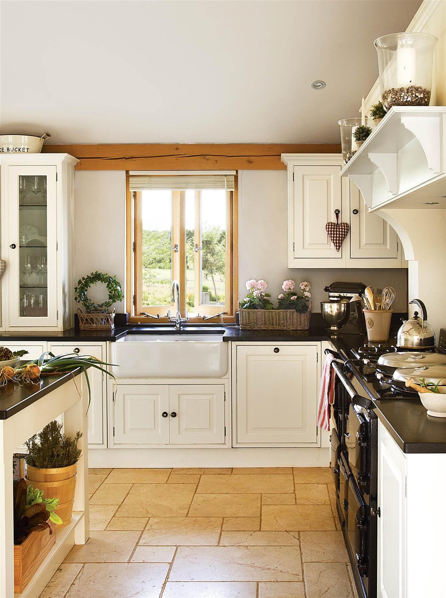 939 fotos de muebles de cocina for Cocina con muebles antiguos