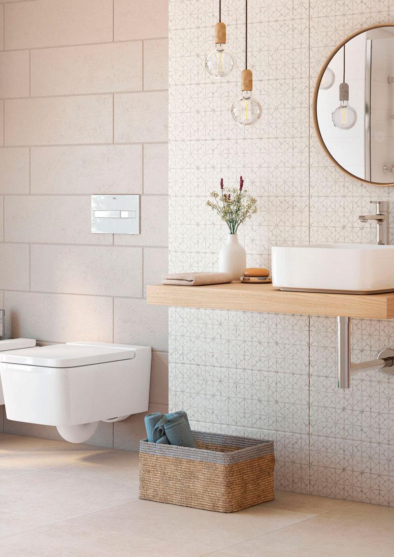 C mo elegir revestimientos para paredes y suelos del ba o for Revestimiento de paredes para duchas