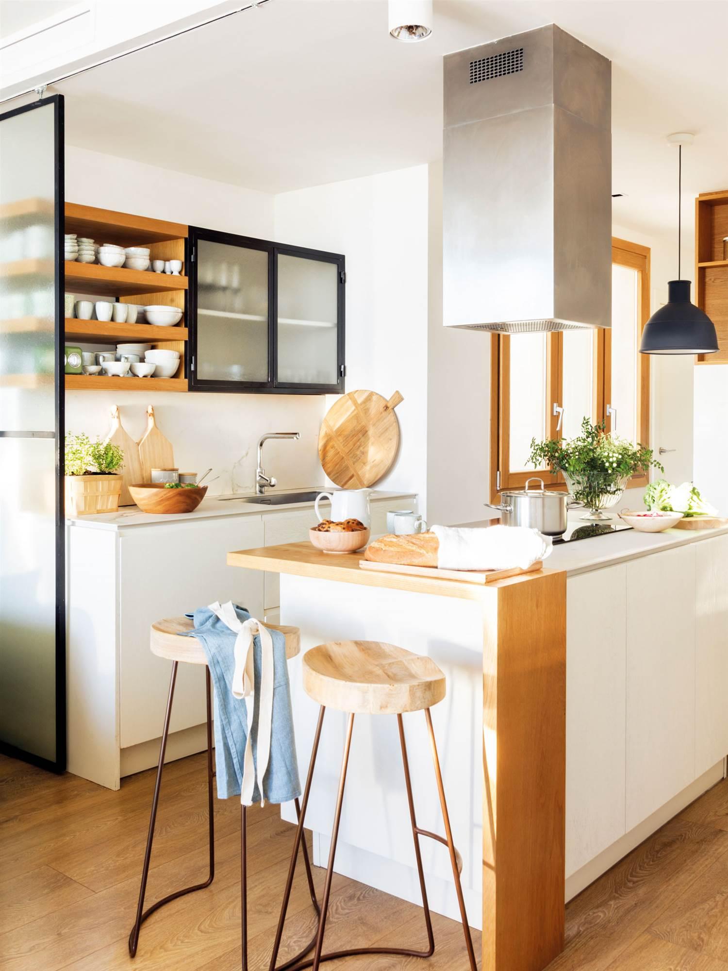2147 fotos de cocinas for Muebles de madera para cocina pequena