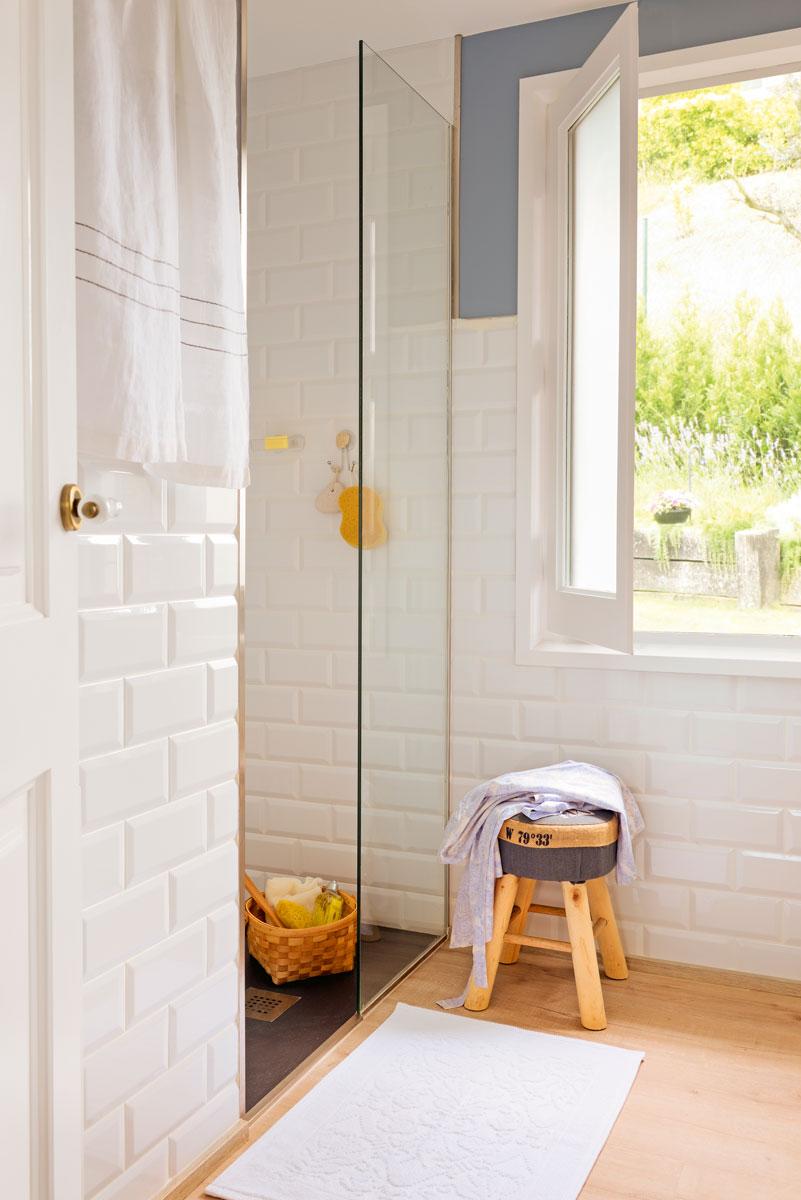 62 fotos de azulejos for Azulejos blancos bano