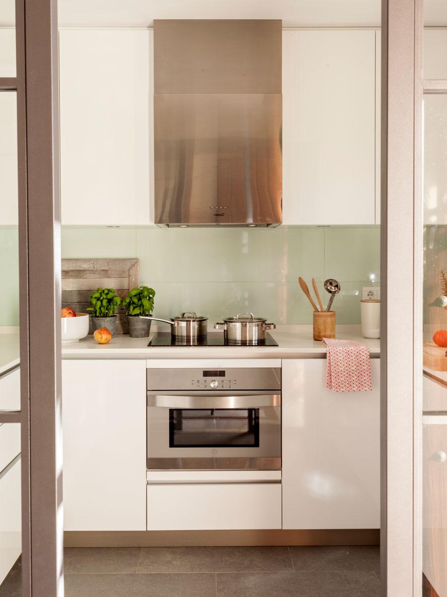 2465 fotos de cocinas - Cocina con horno ...