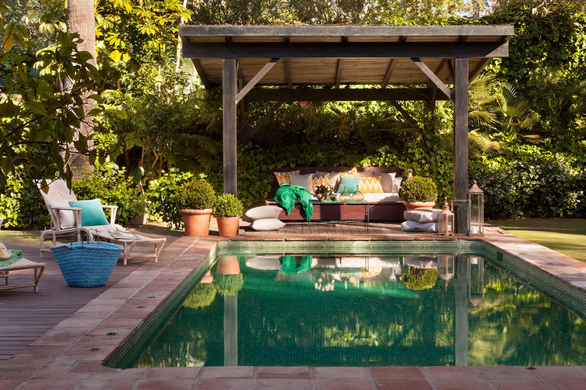 629 fotos de porches for Porche pequeno