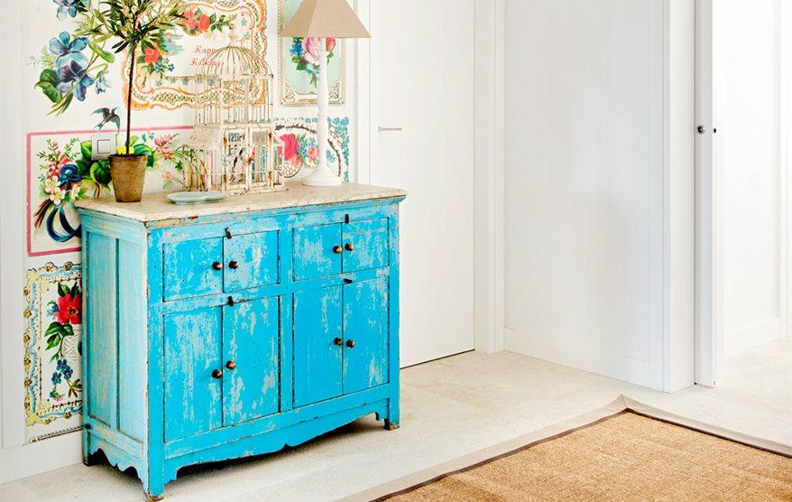 C mo pintar muebles antiguos modernos de madera for Como pintar muebles antiguos