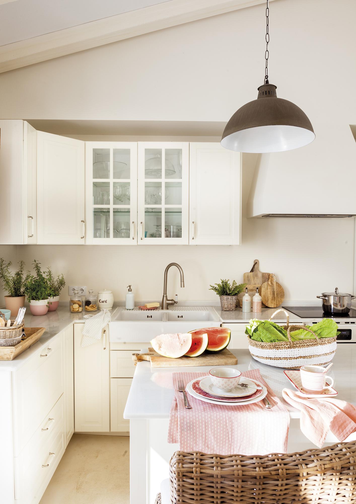 MG 8867.低成本厨房,大理石台面