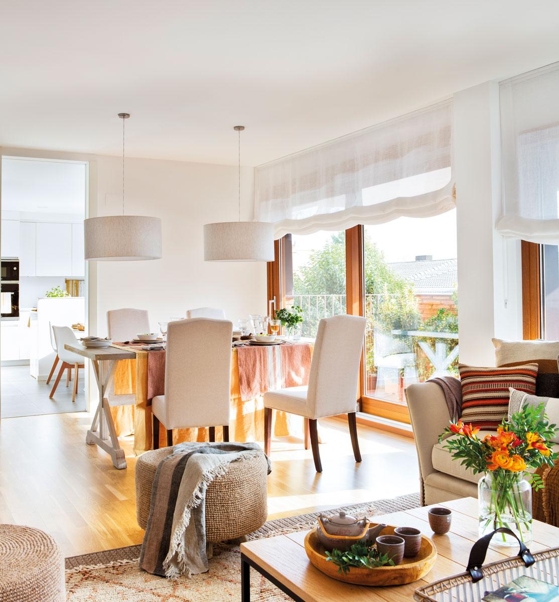 Cómo conseguir un salón y un comedor en una misma estancia
