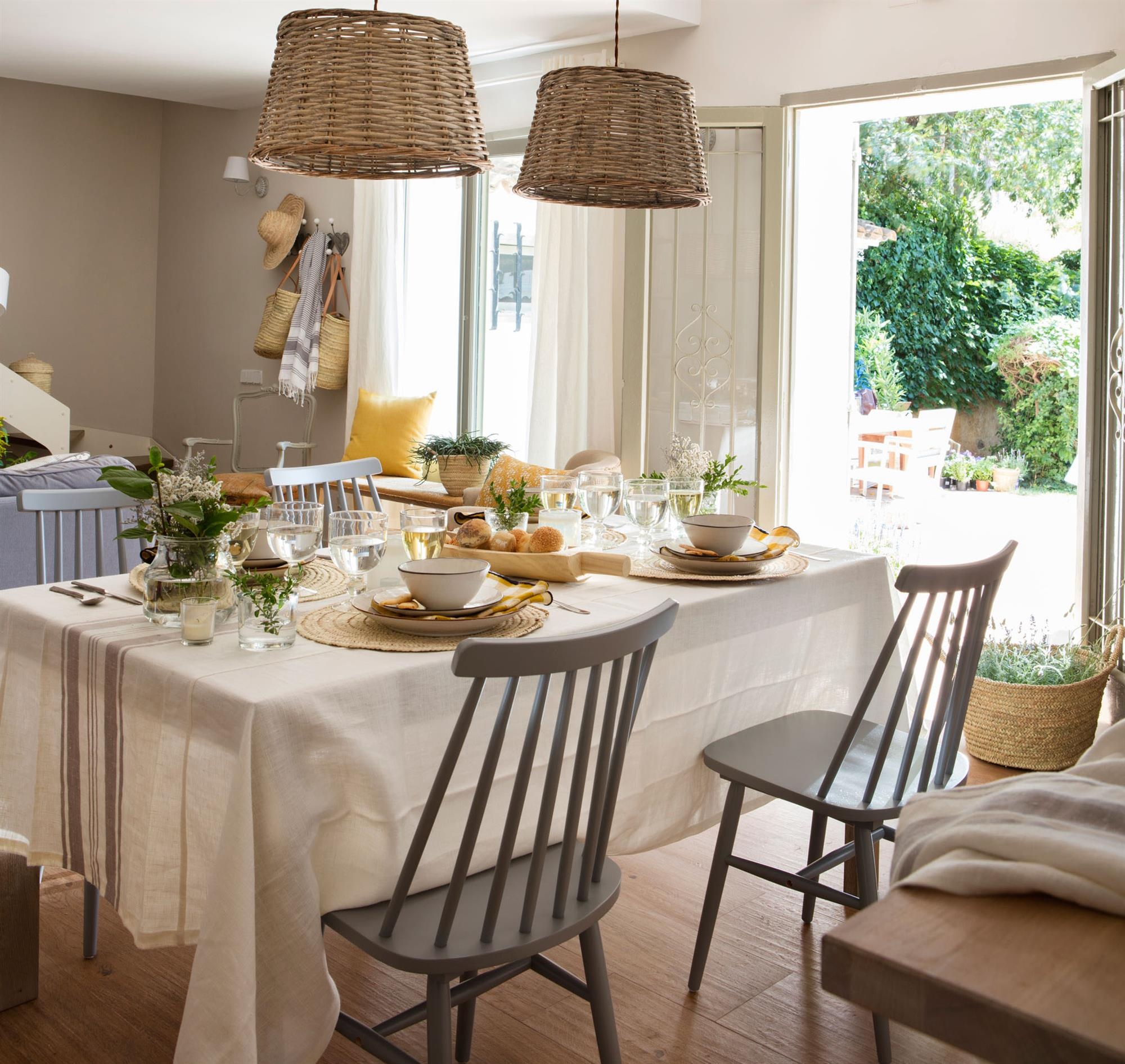 1454 fotos de mesas de comedor - Telas para sillas de cocina ...