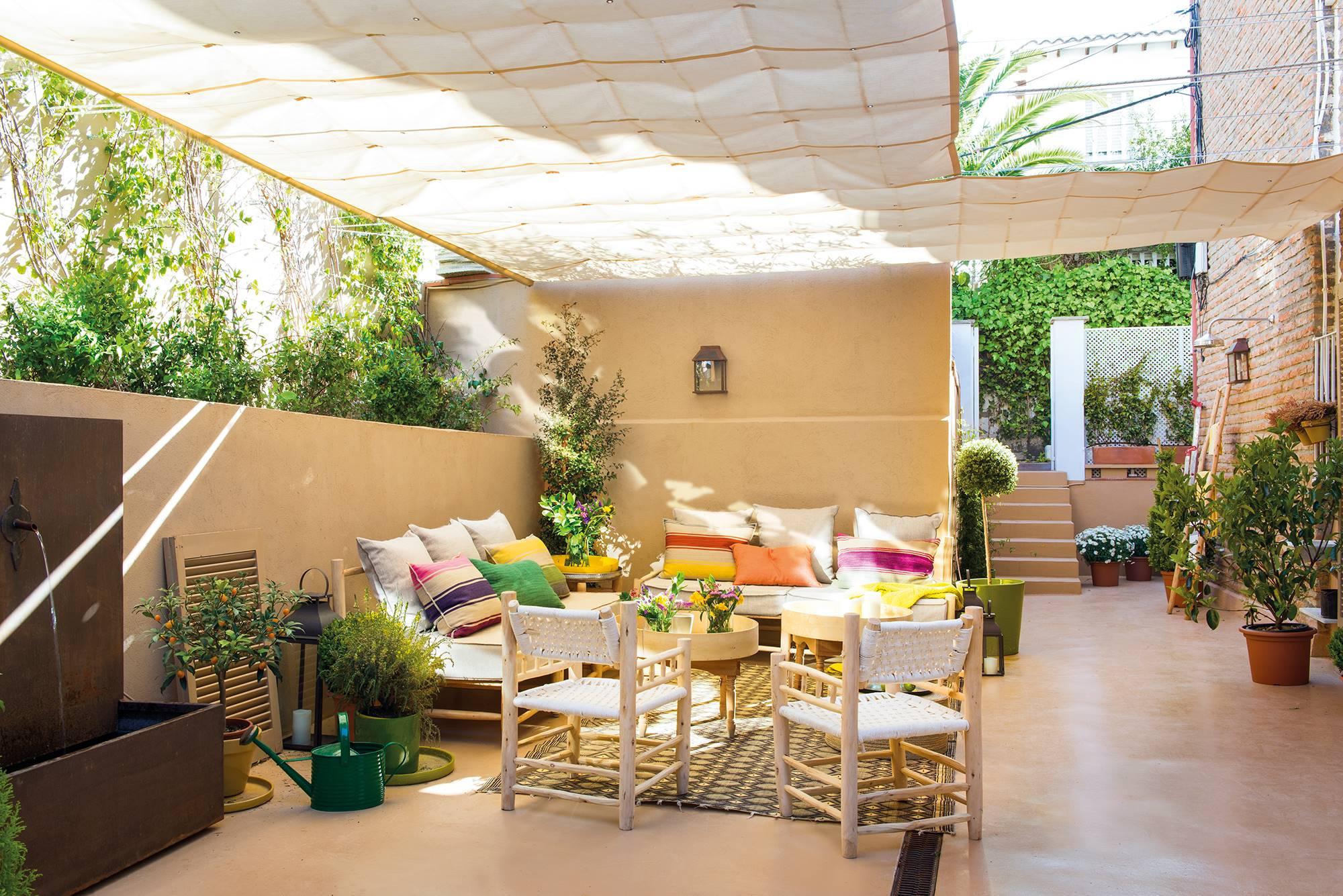 P rgolas y muebles de jard n el mueble - Jardines de casas particulares ...