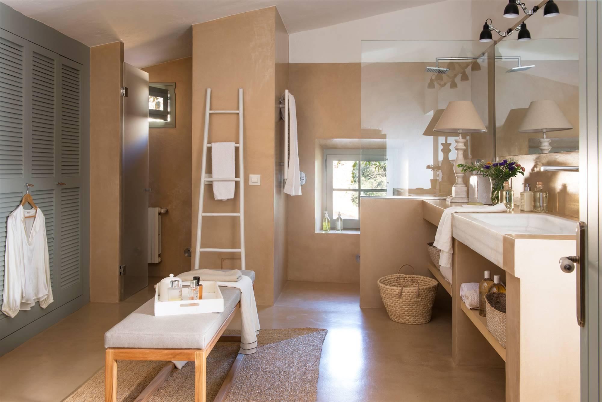 Platos de ducha a ras de suelo - Suelos de bano ...