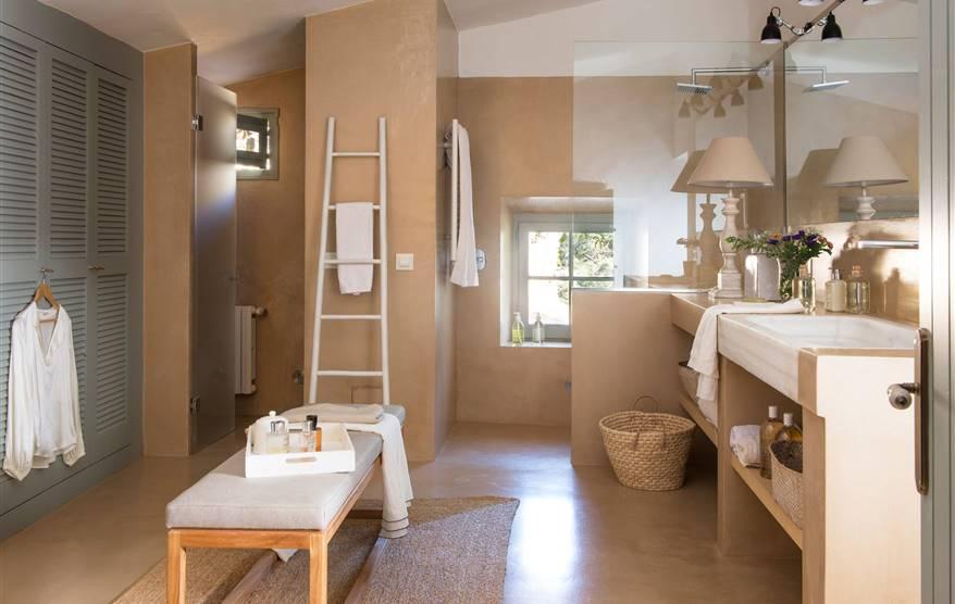 Platos de ducha a ras de suelo - Suelo antideslizante ducha ...