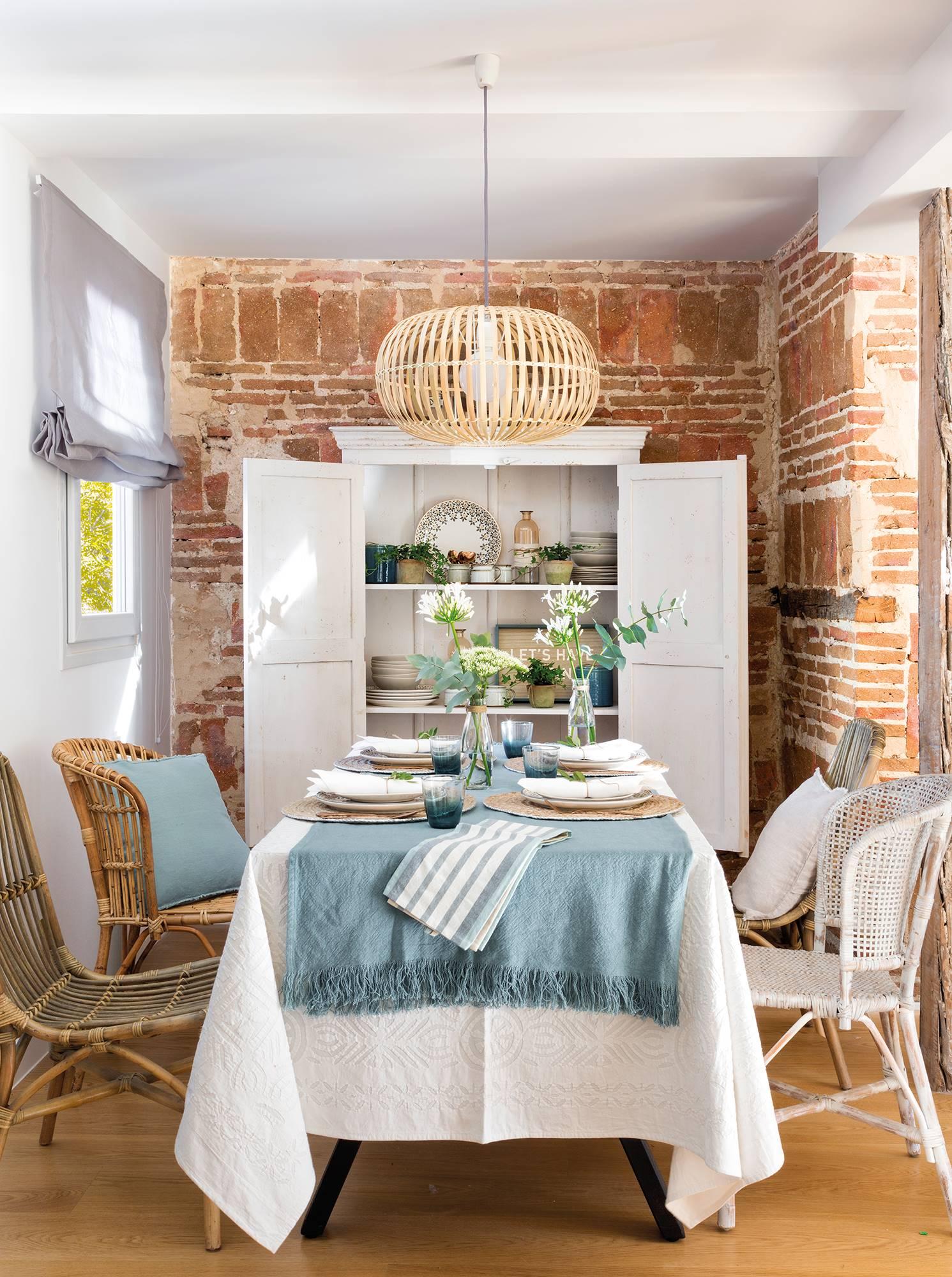 Ideas para aprovechar el espacio en las cocinas peque as for Ideas decoracion comedor