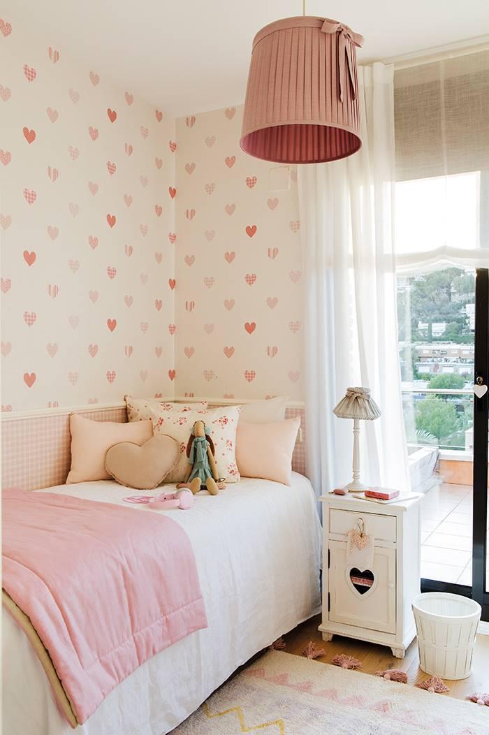 00458663. dormitorio infantil con papel pintado 00458663