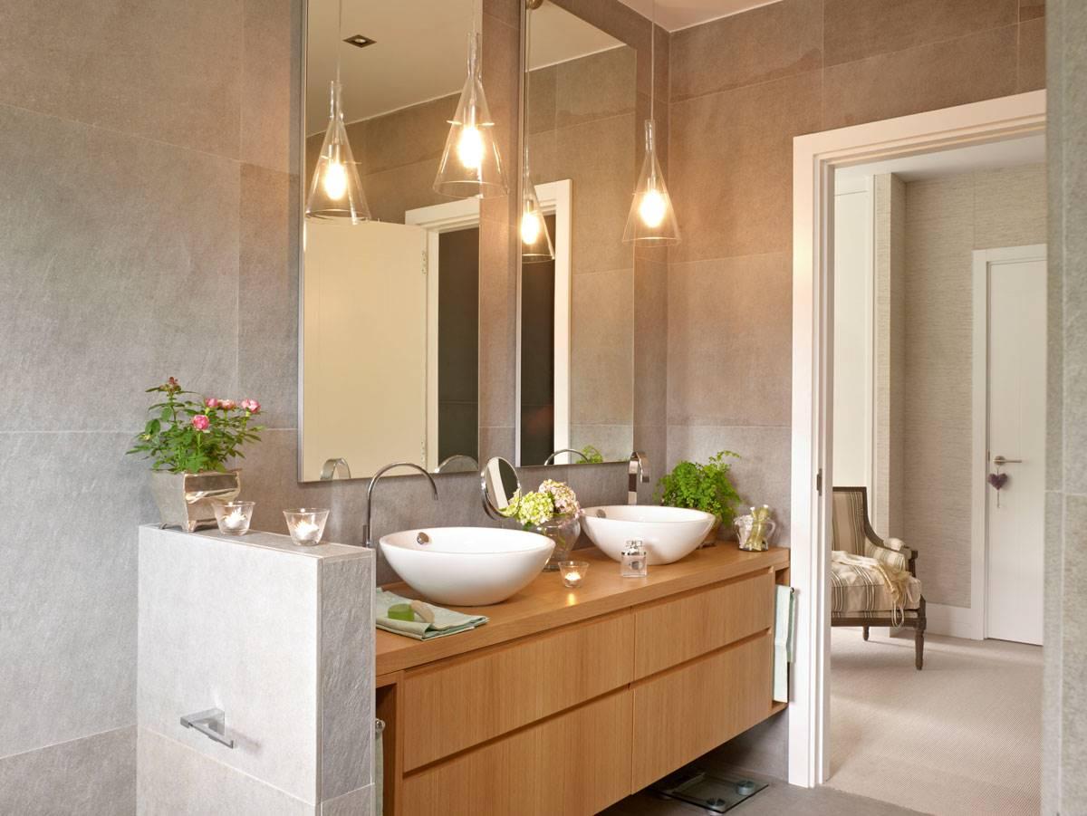 1142 fotos de espejos for Bajo gabinete tocador bano de madera