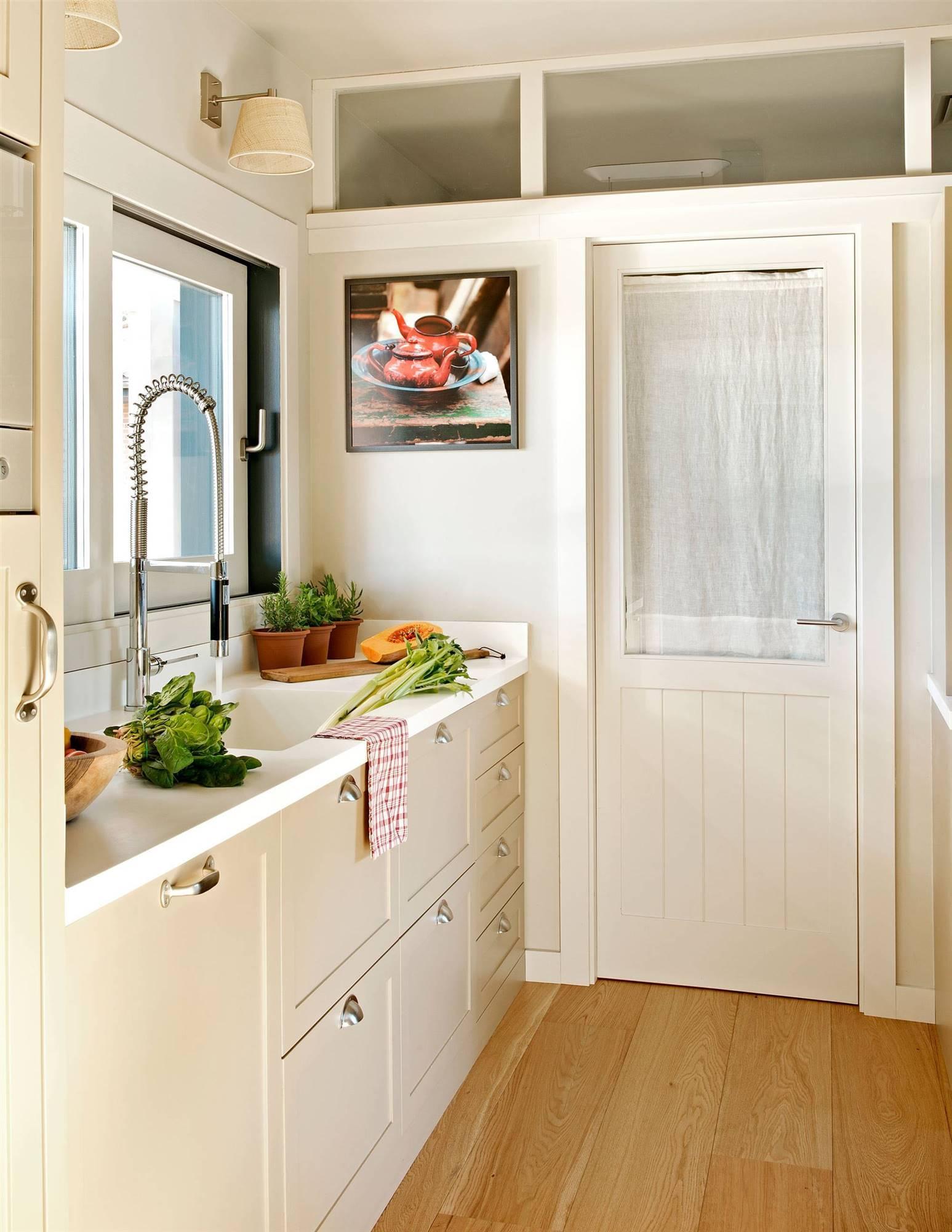 Cocina con puerta de cristal cocinas en 2019 puertas - Puerta cocina cristal ...